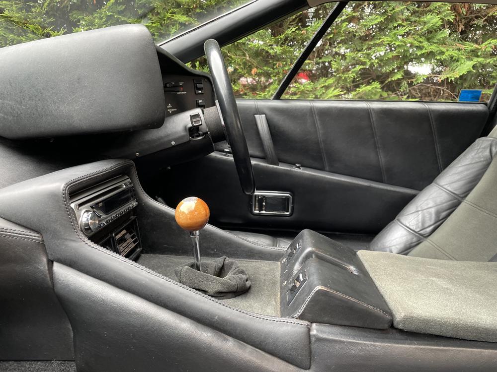 Lotus Esprit S3 interior 3