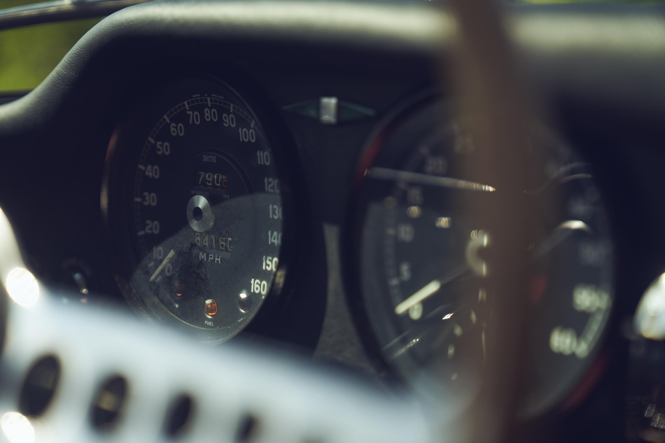 Jaguar E-Type speedometer gauge