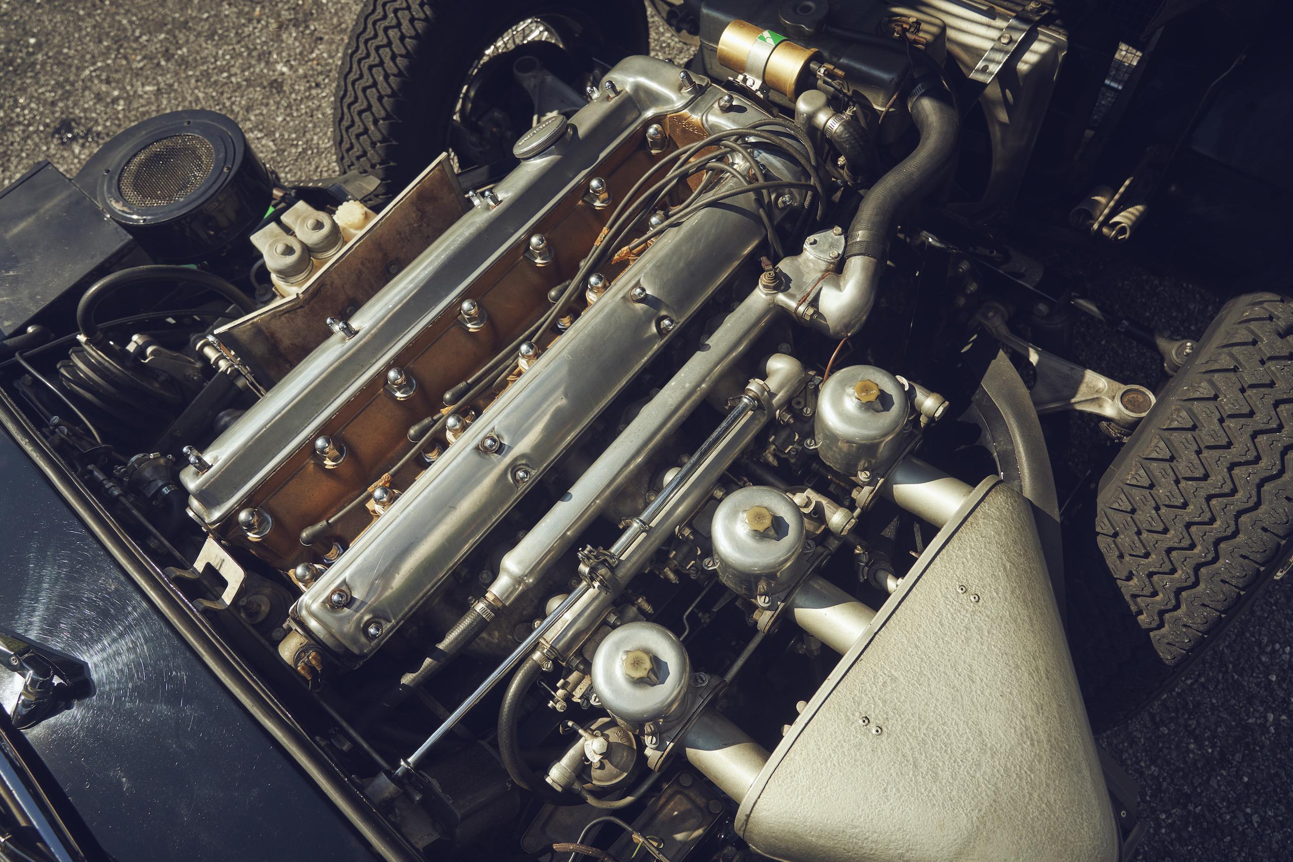 Jaguar E-Type engine overhead