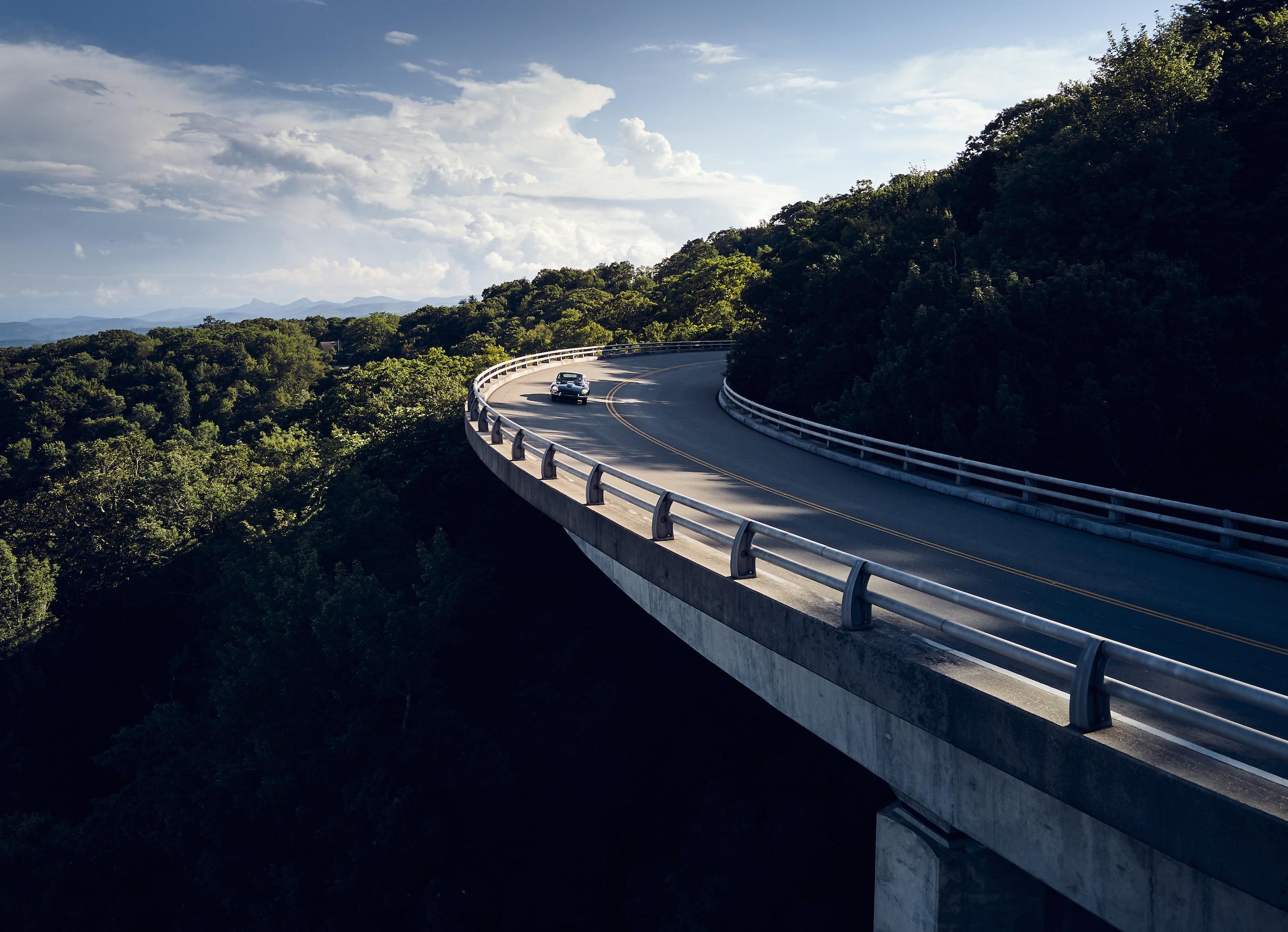 Jaguar E-Type mountain bridge