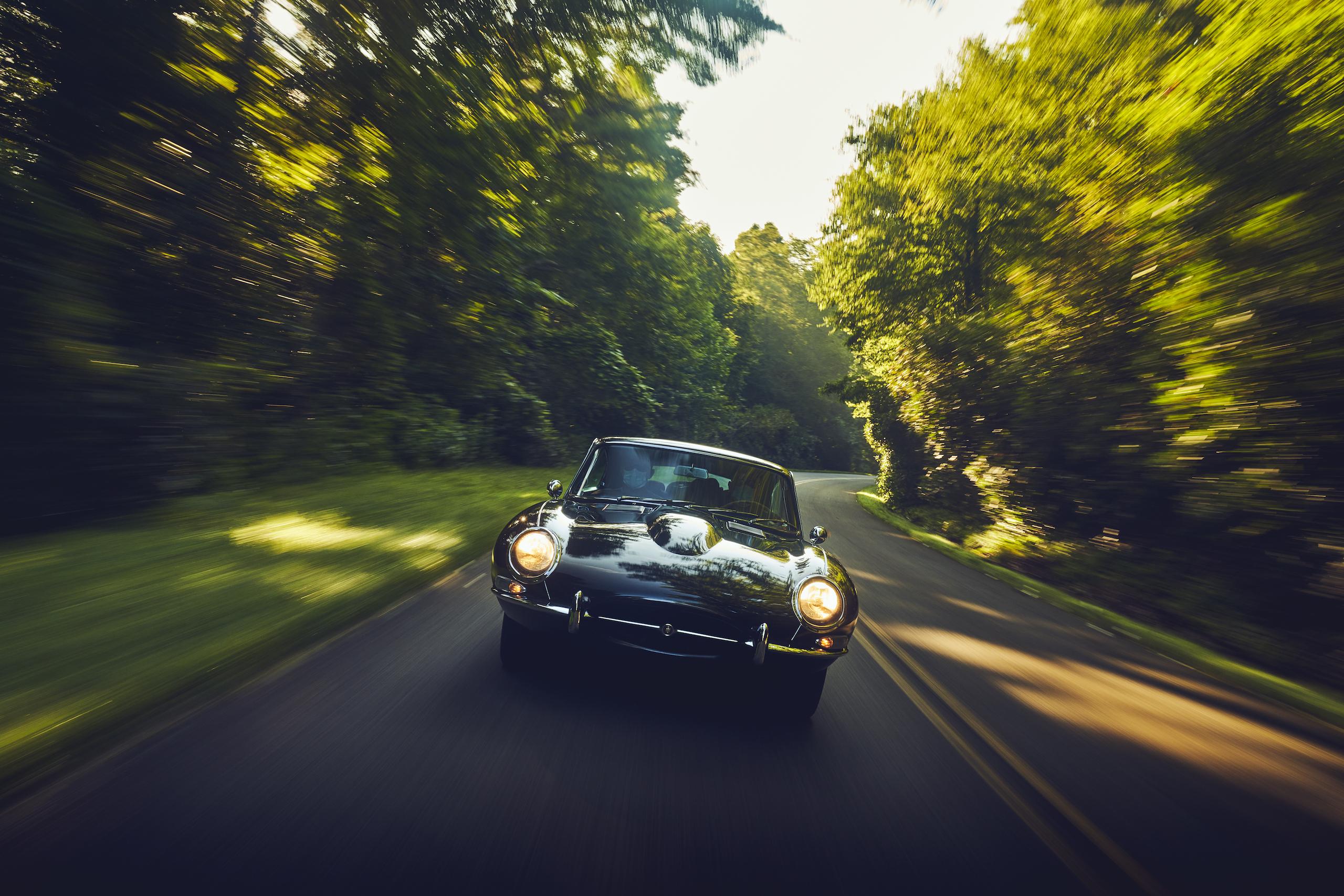 Jaguar E-Type front action