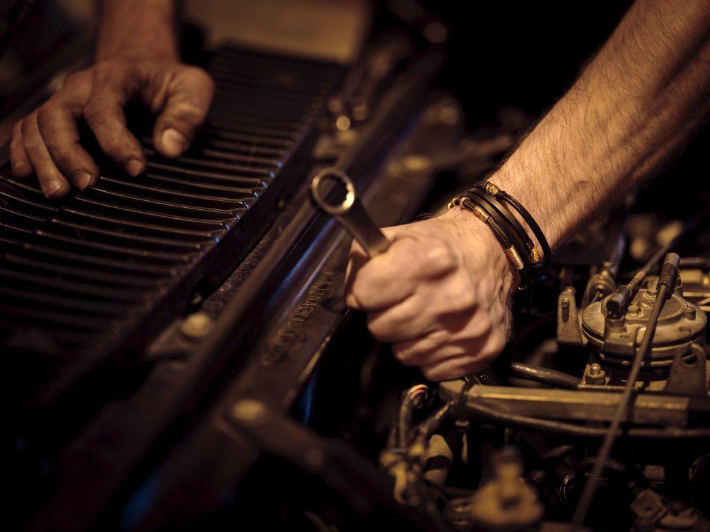 work on car shop wrenching