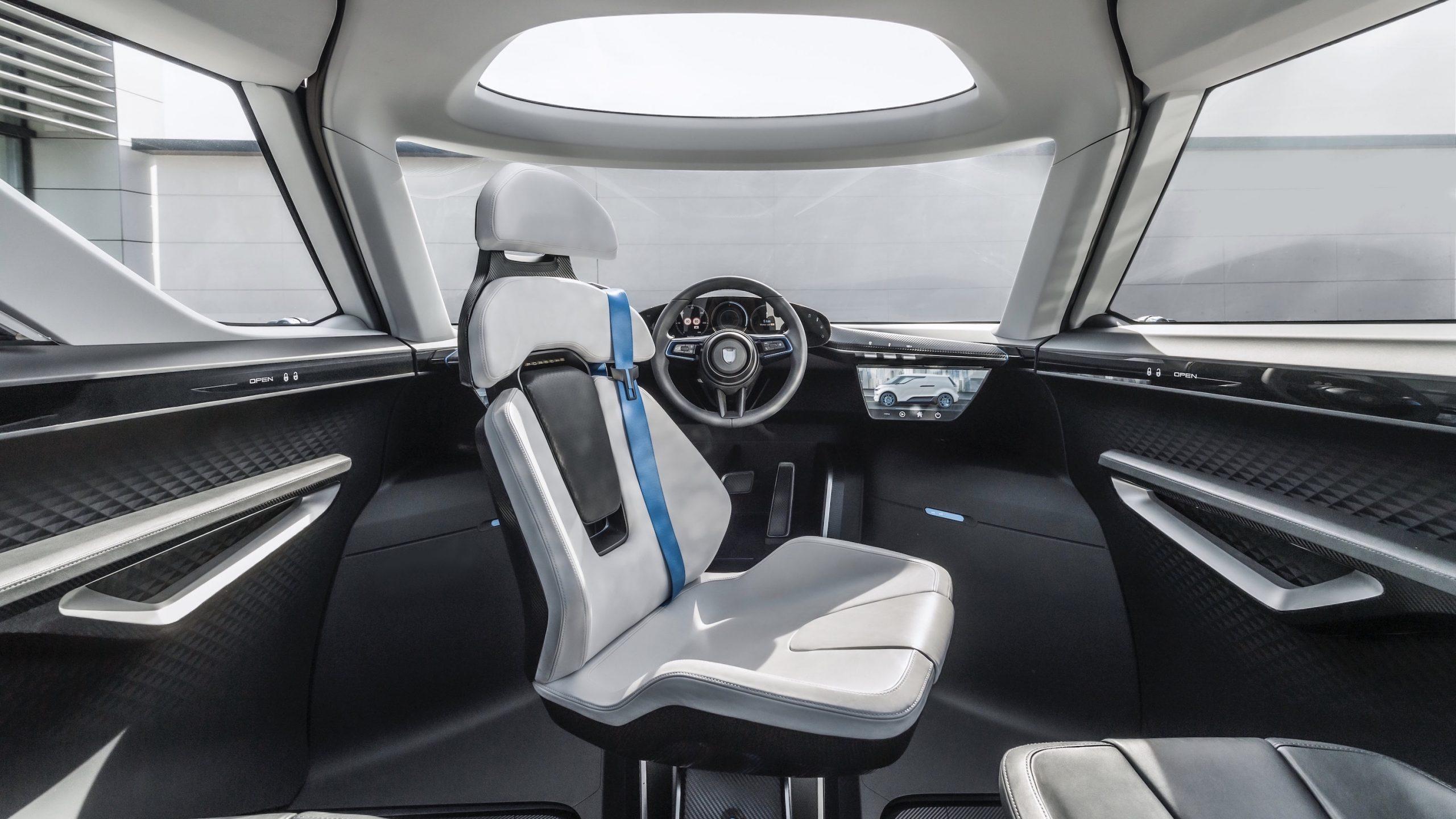 Porsche Renndienst interior 4