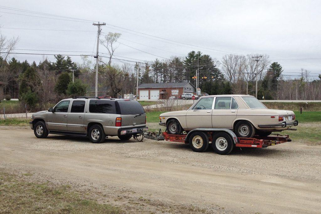suburban towing uhaul trailer