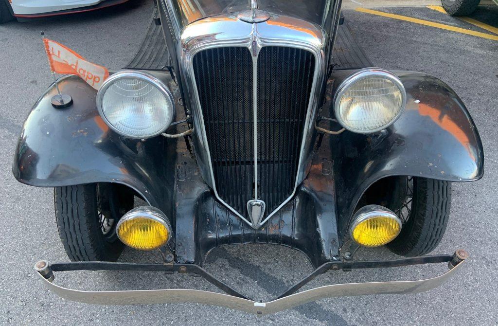 1932 Rockne - grille - headlights - bumper