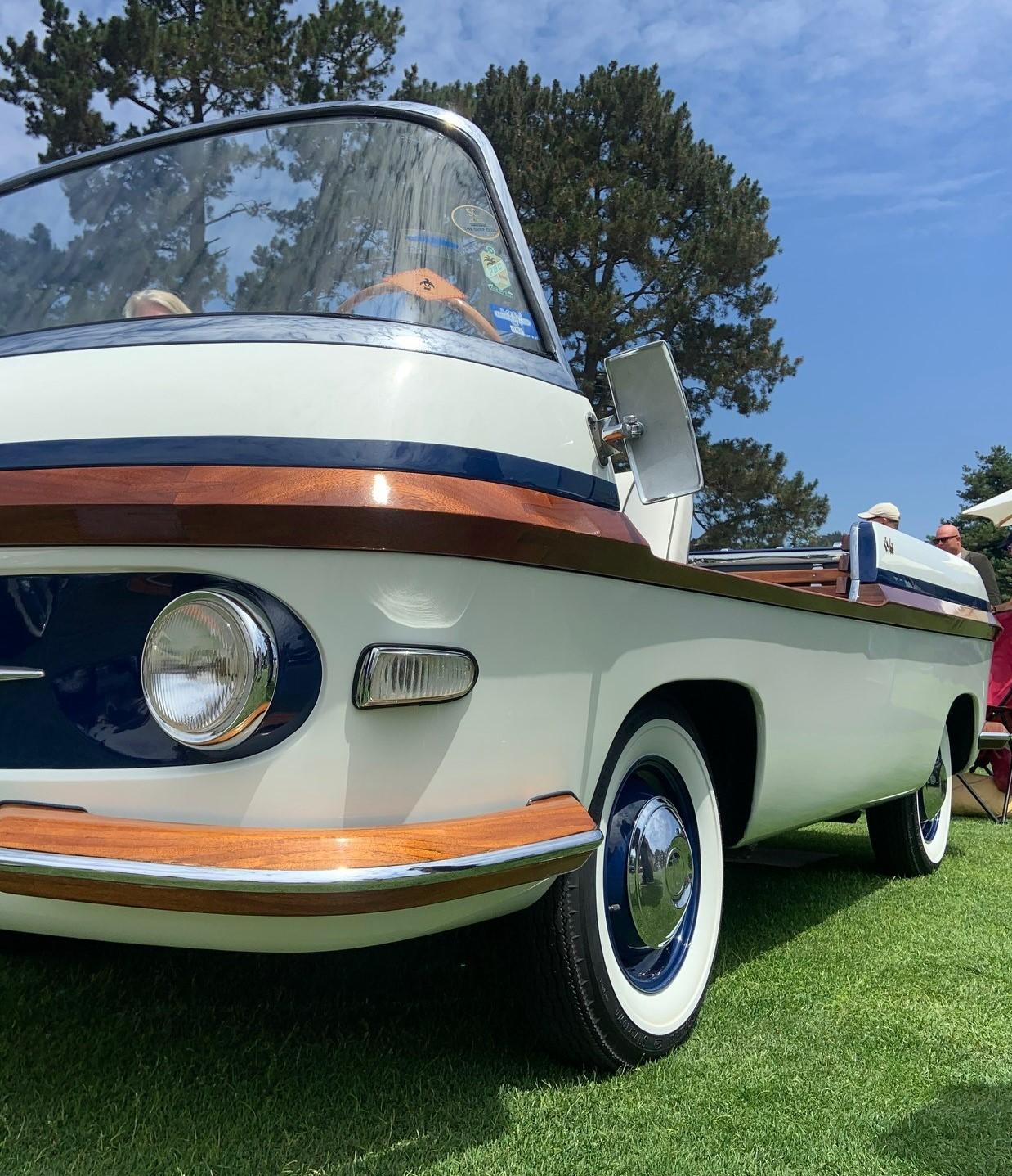 1957 Fiat 600 Eden Roc - low closeup of drivers side