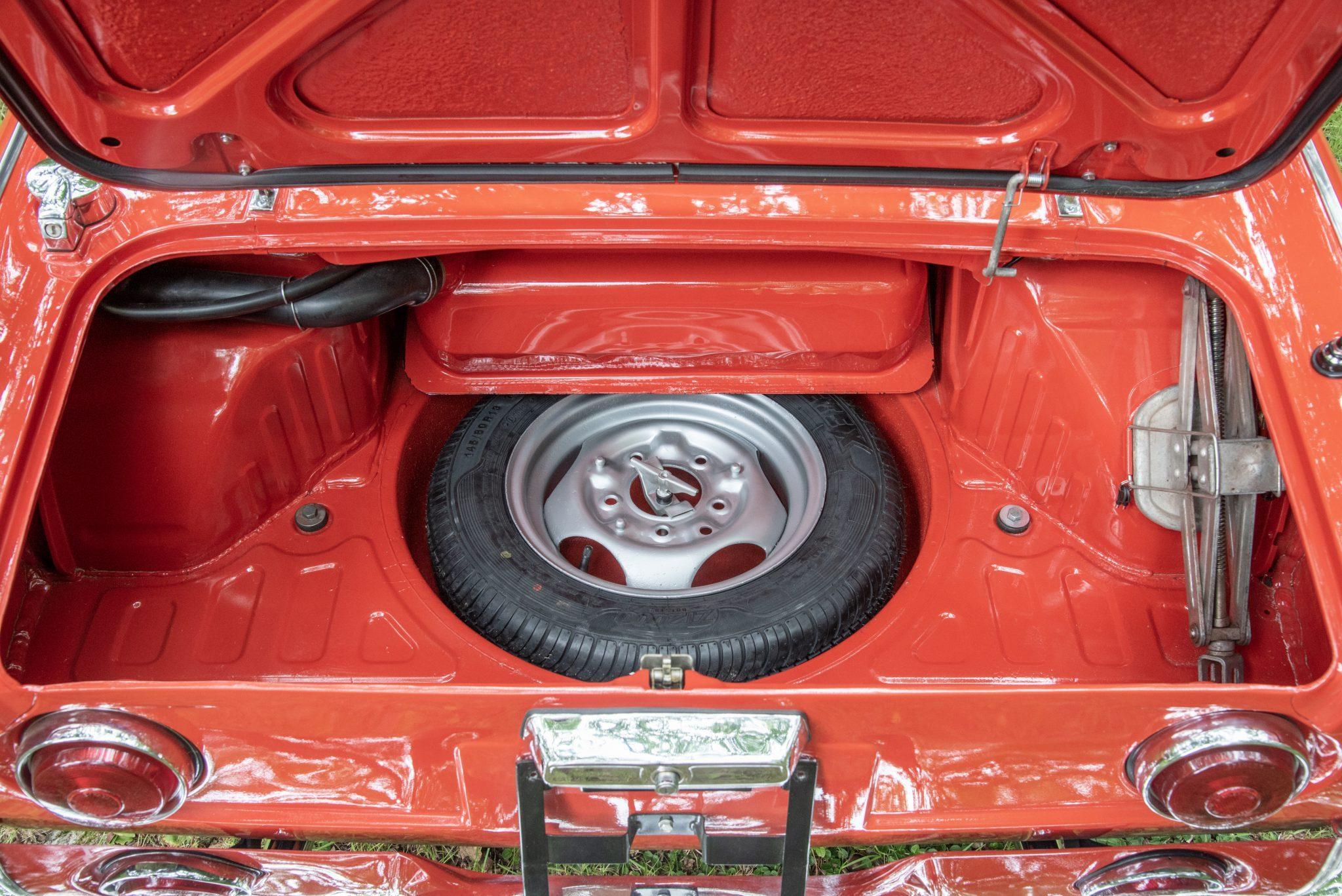 Honda S600 trunk spare tire