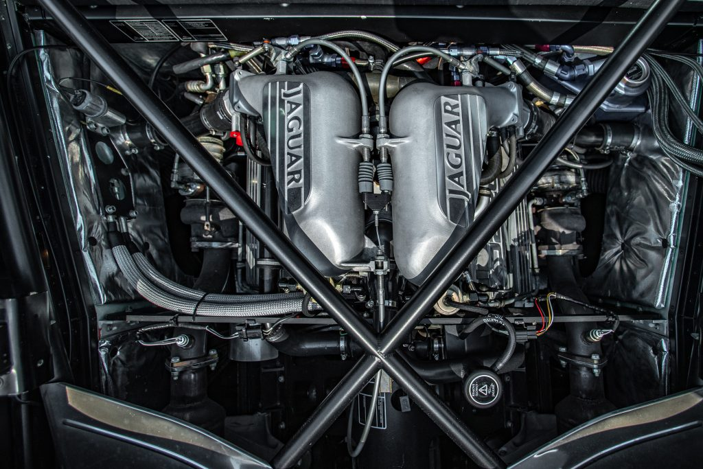 1993 Jaguar XJ220 engine
