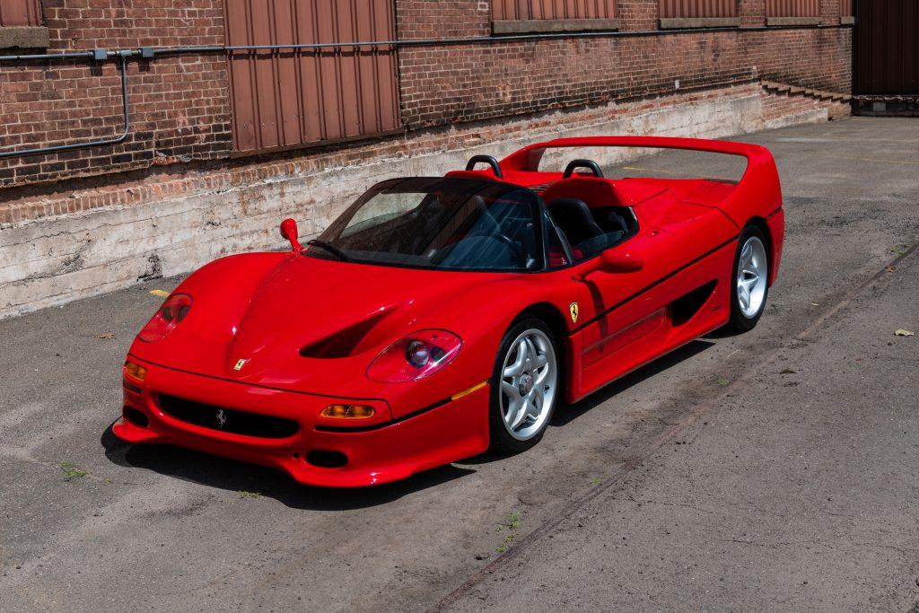 1995-Ferrari-F50 front three-quarter