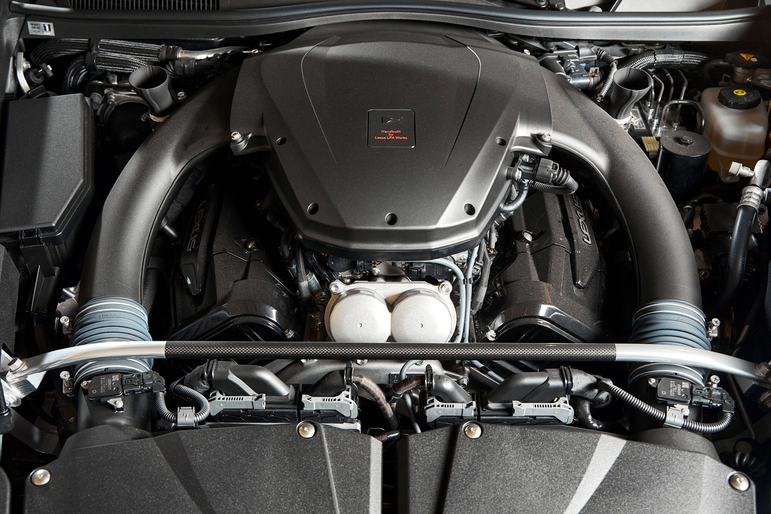 2012-Lexus-LFA-Nurburgring-Package engine bay