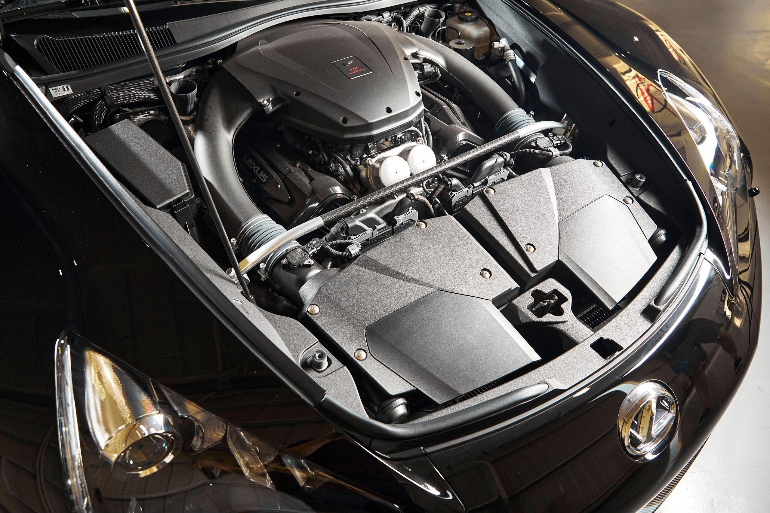 2012-Lexus-LFA-Nurburgring-Package engine