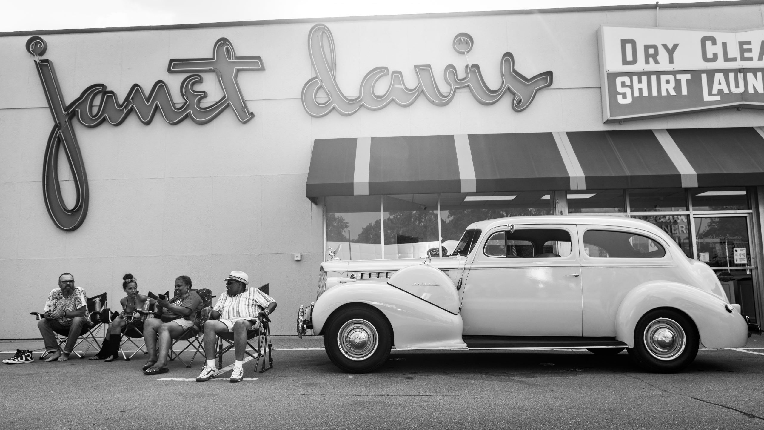 2021 Dream Cruise woodward ave action classic at janet davis dry cleaners