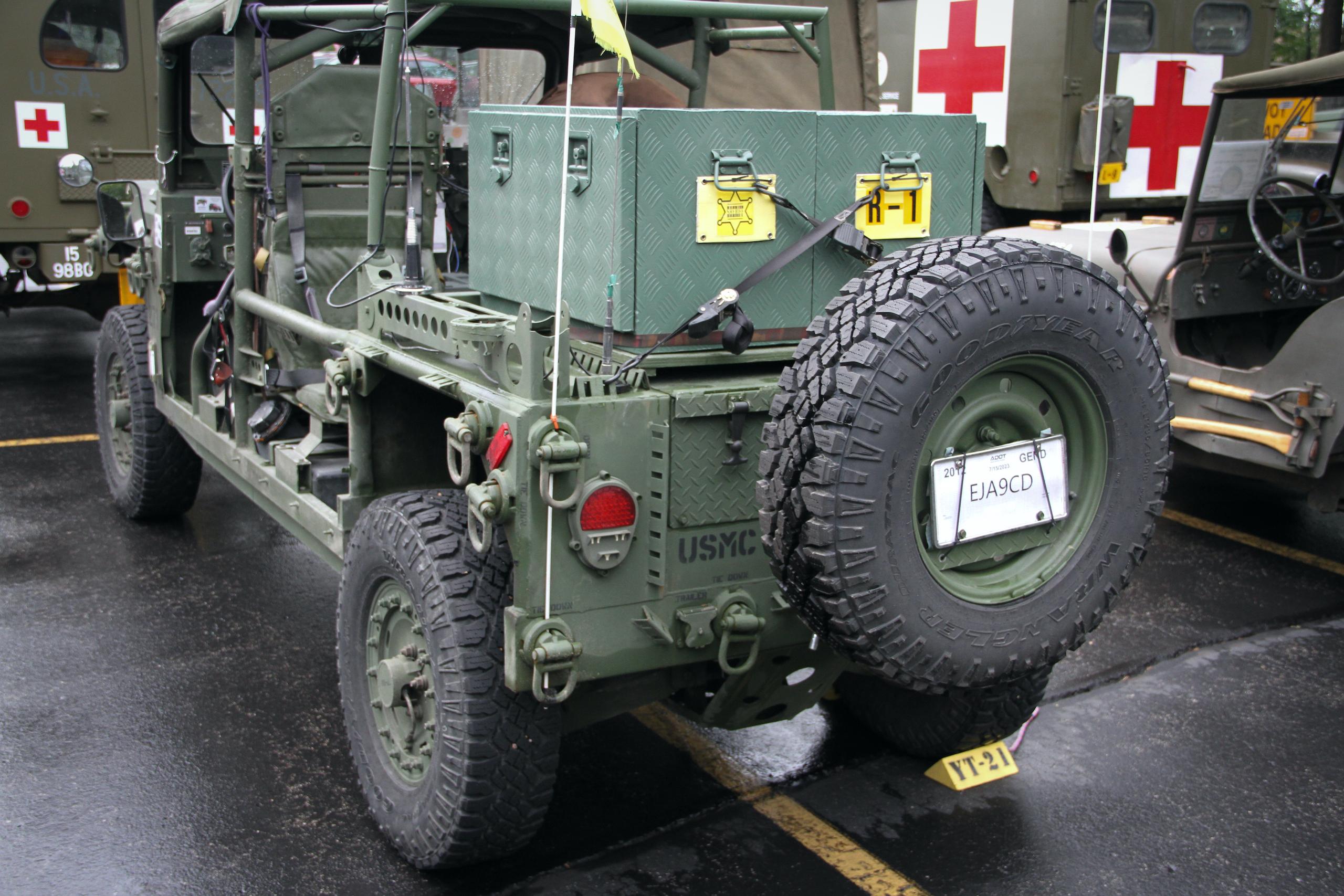 Military vehicle convoy usmc rear three-quarter