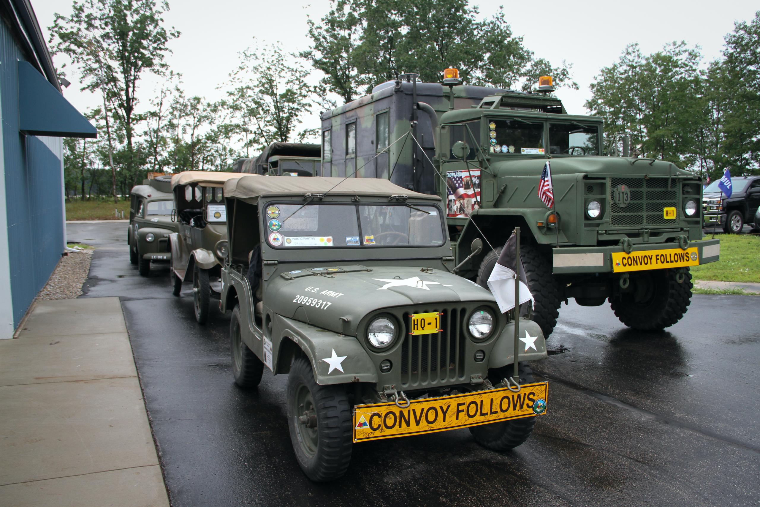Military vehicle convoy vehicles
