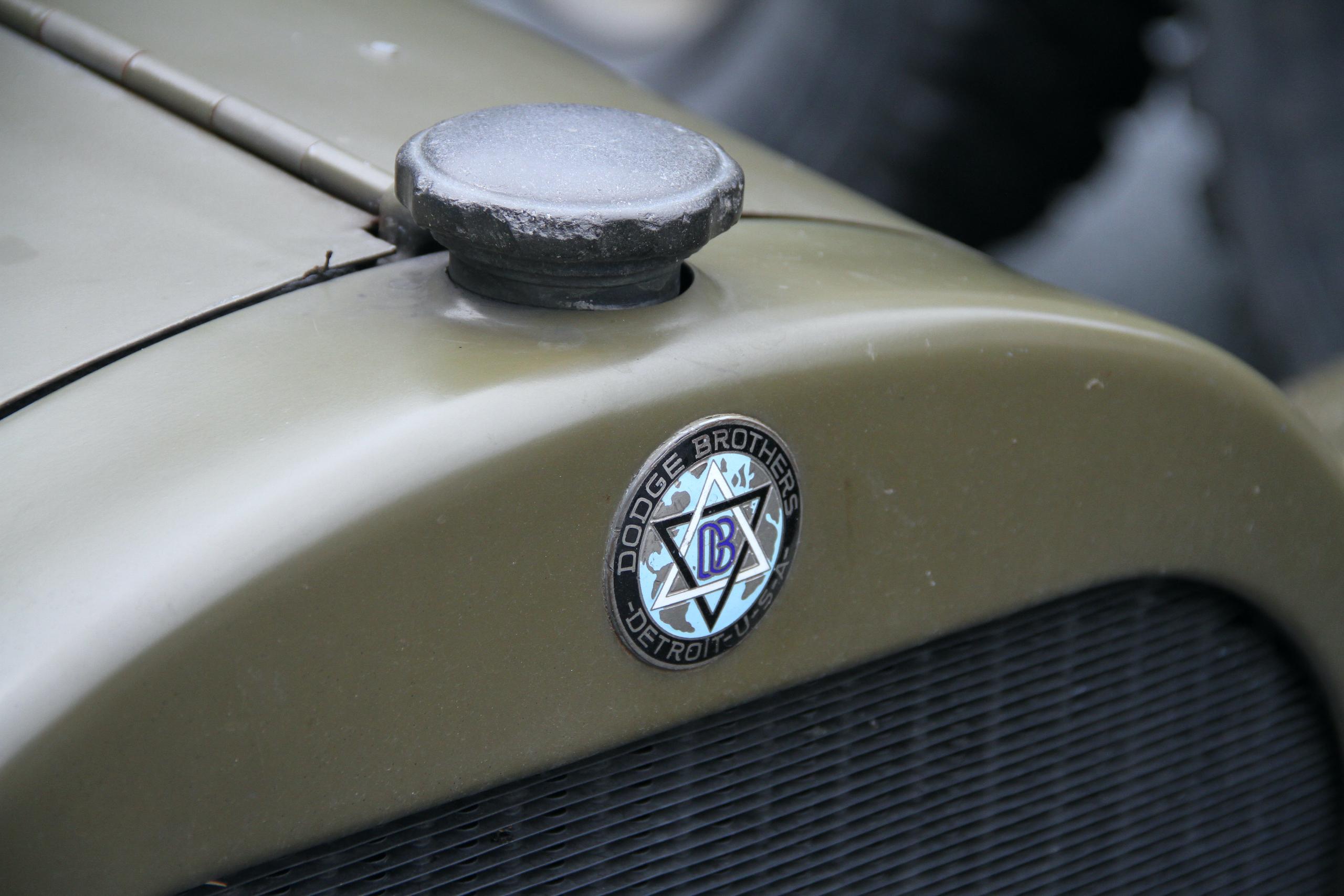 Military vehicle convoy dodge badge