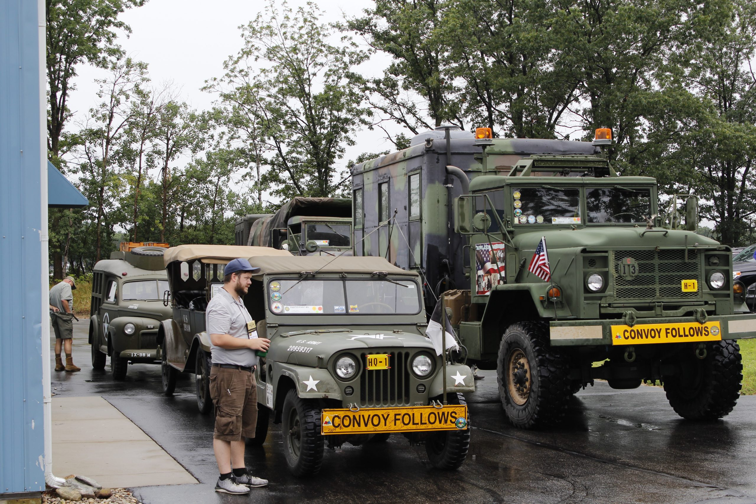 Military vehicle convoy parking