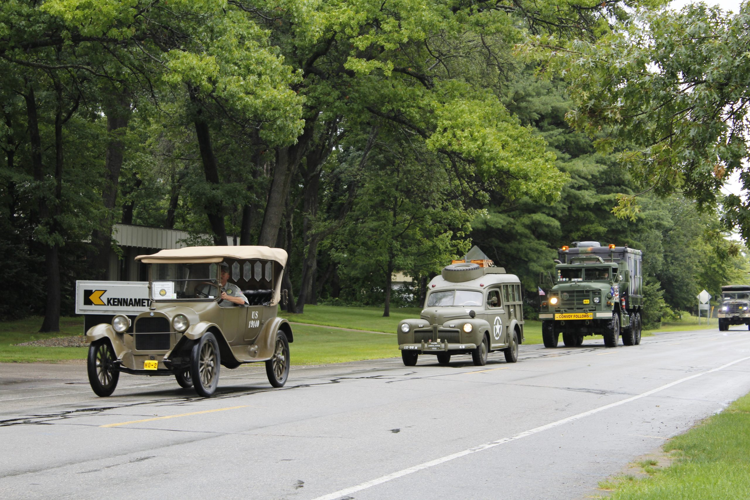 Military vehicle convoy action
