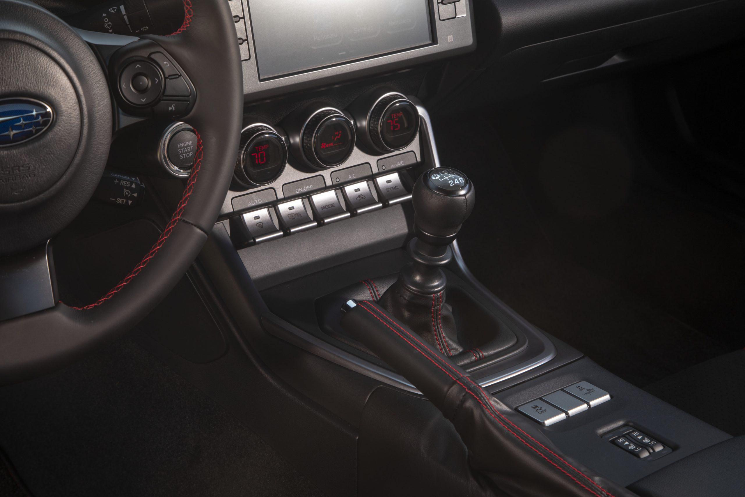 2022 Subaru BRZ interior six speed shifter