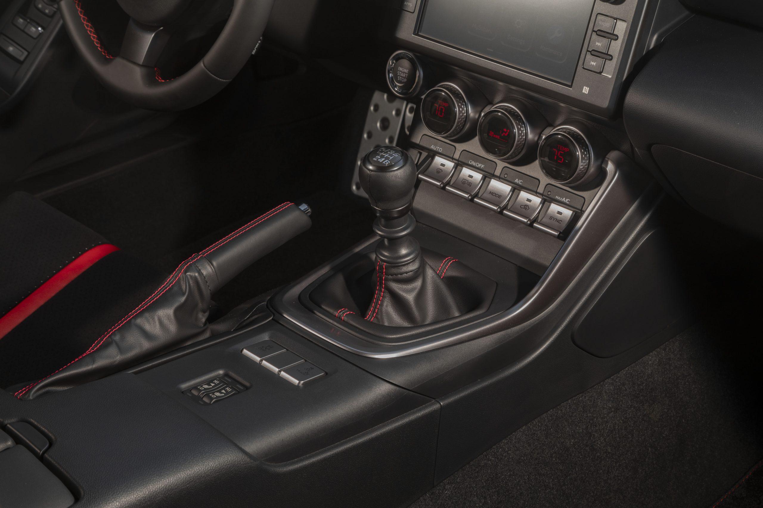 2022 Subaru BRZ interior center console