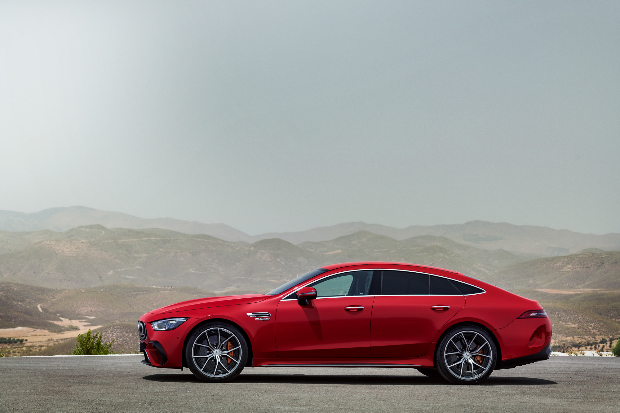 2023-Mercedes-AMG-GT-63-S-E-Performance side profile