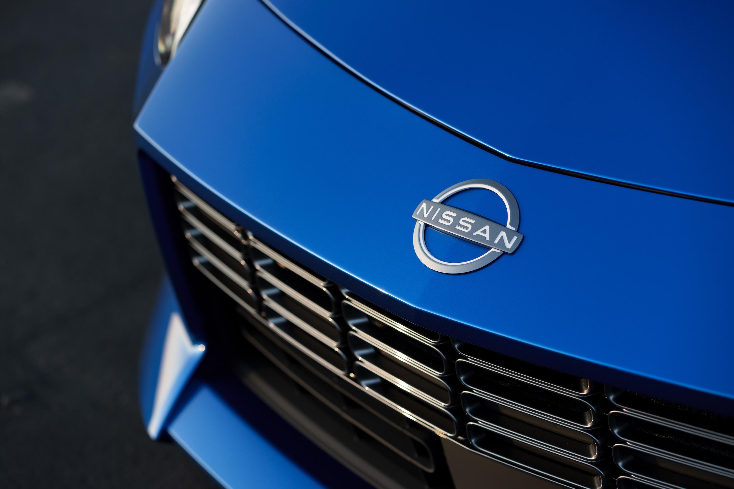 2023 Nissan Z hood badge detail