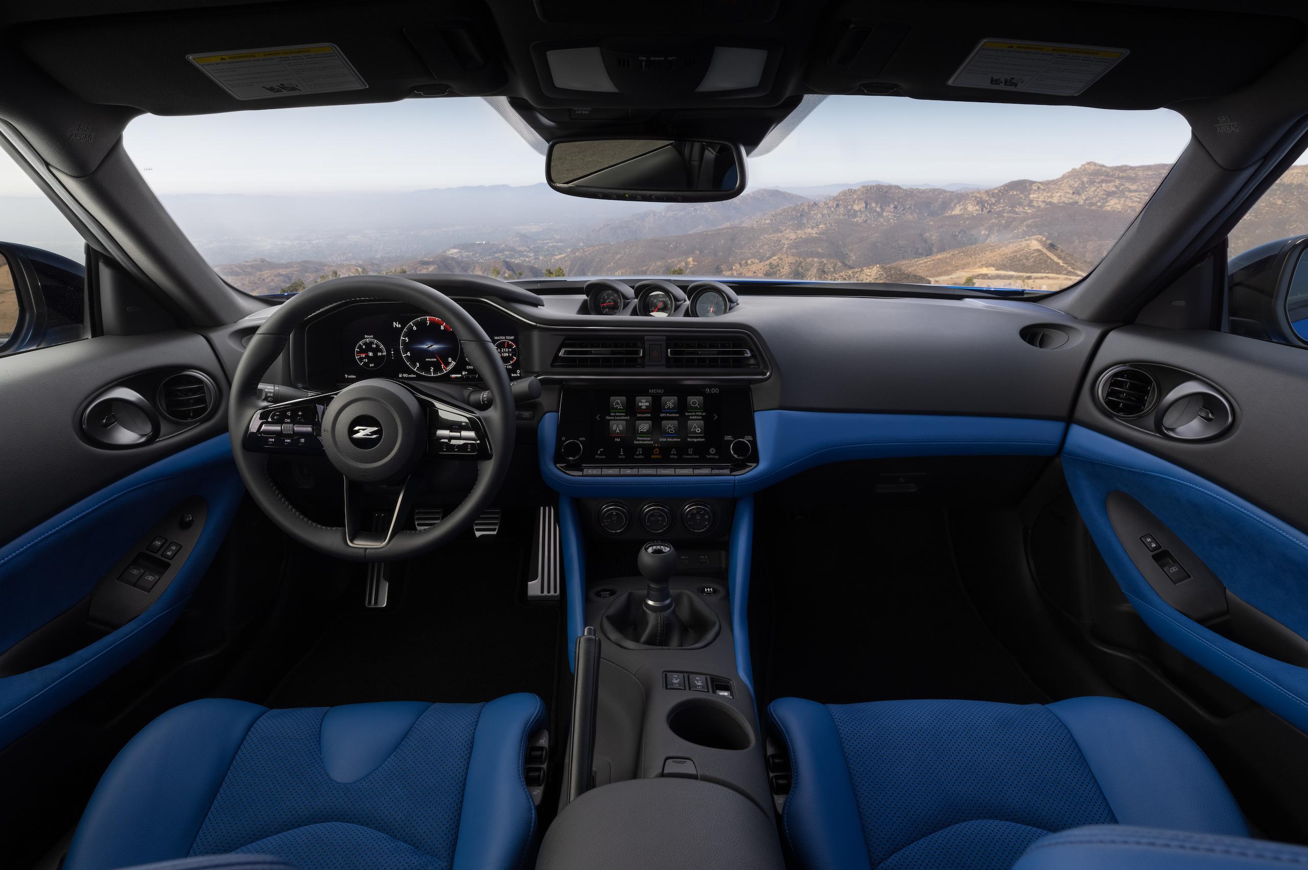 2023 Nissan Z interior front