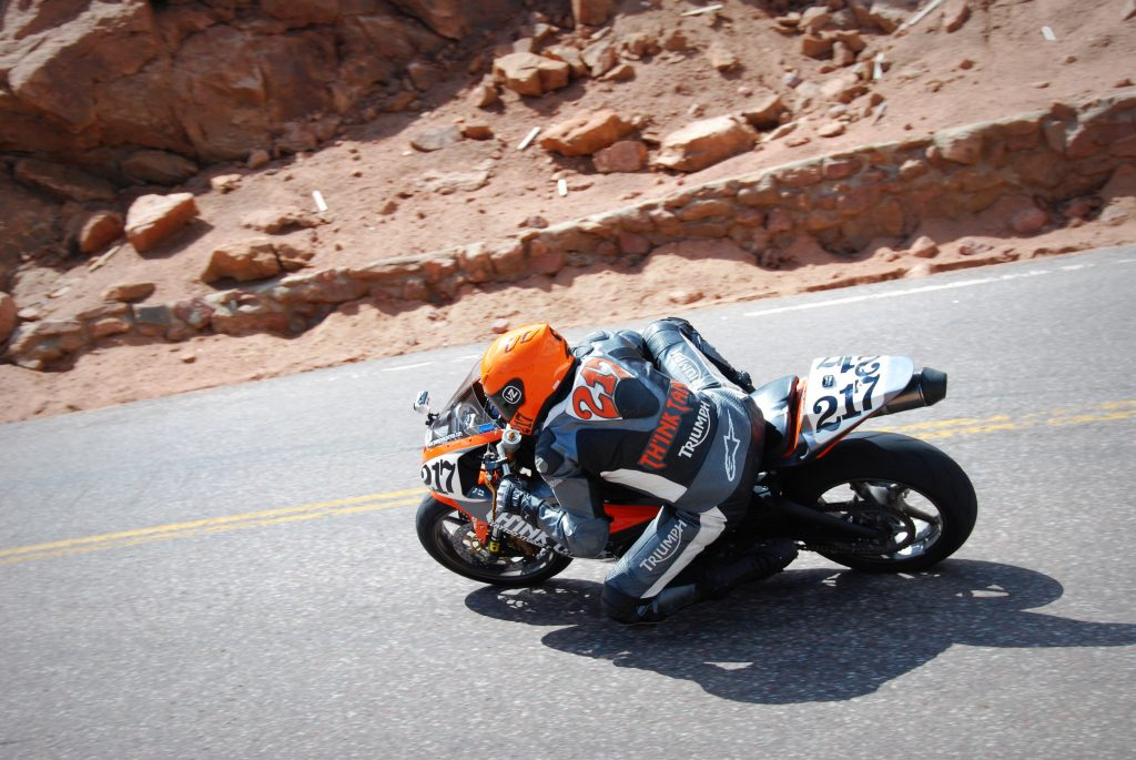 2012 pikes peak international hill climb motorcycle