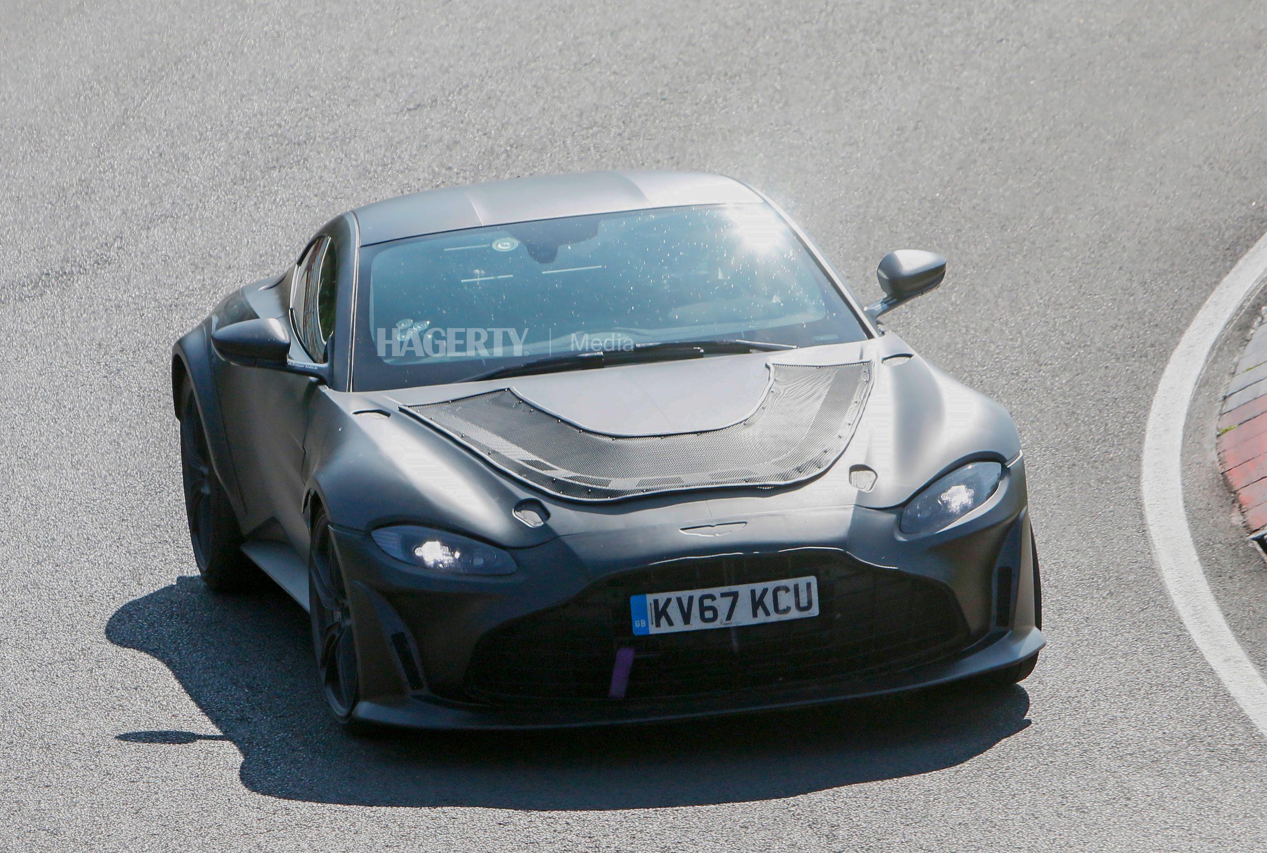 Aston Martin Vantage mule spy shot front three-quarter