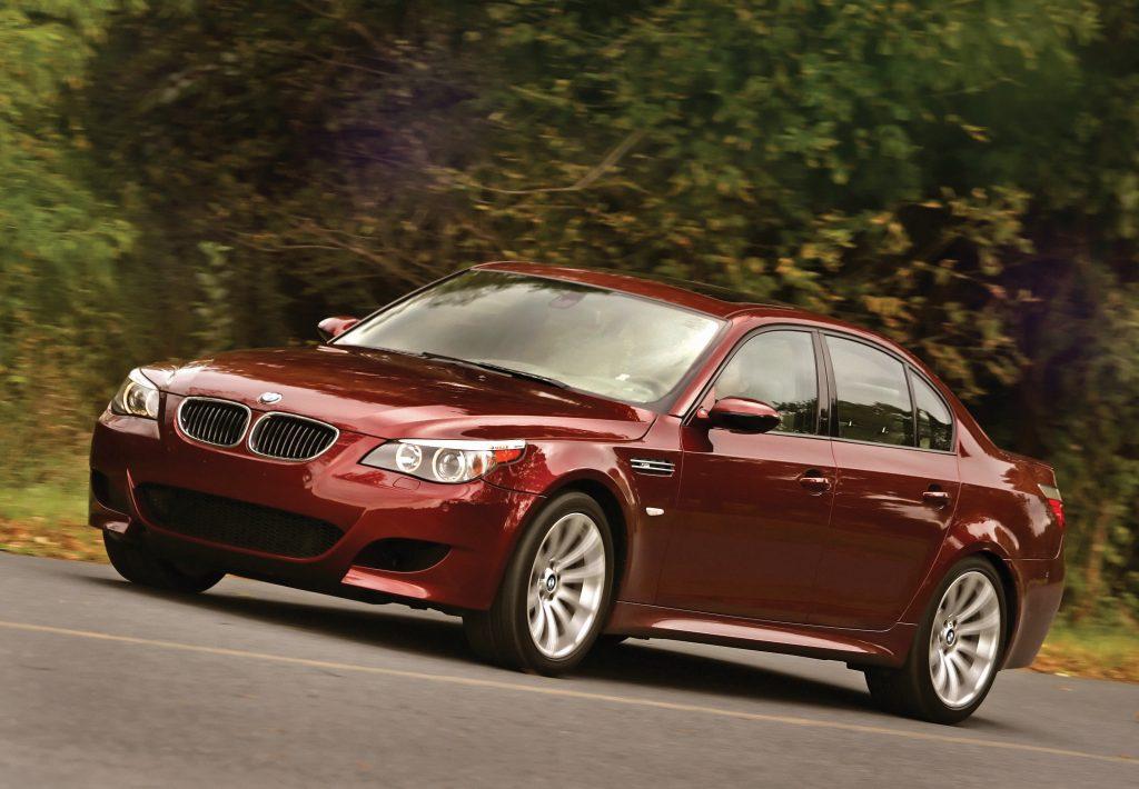 BMW M5 front three-quarter