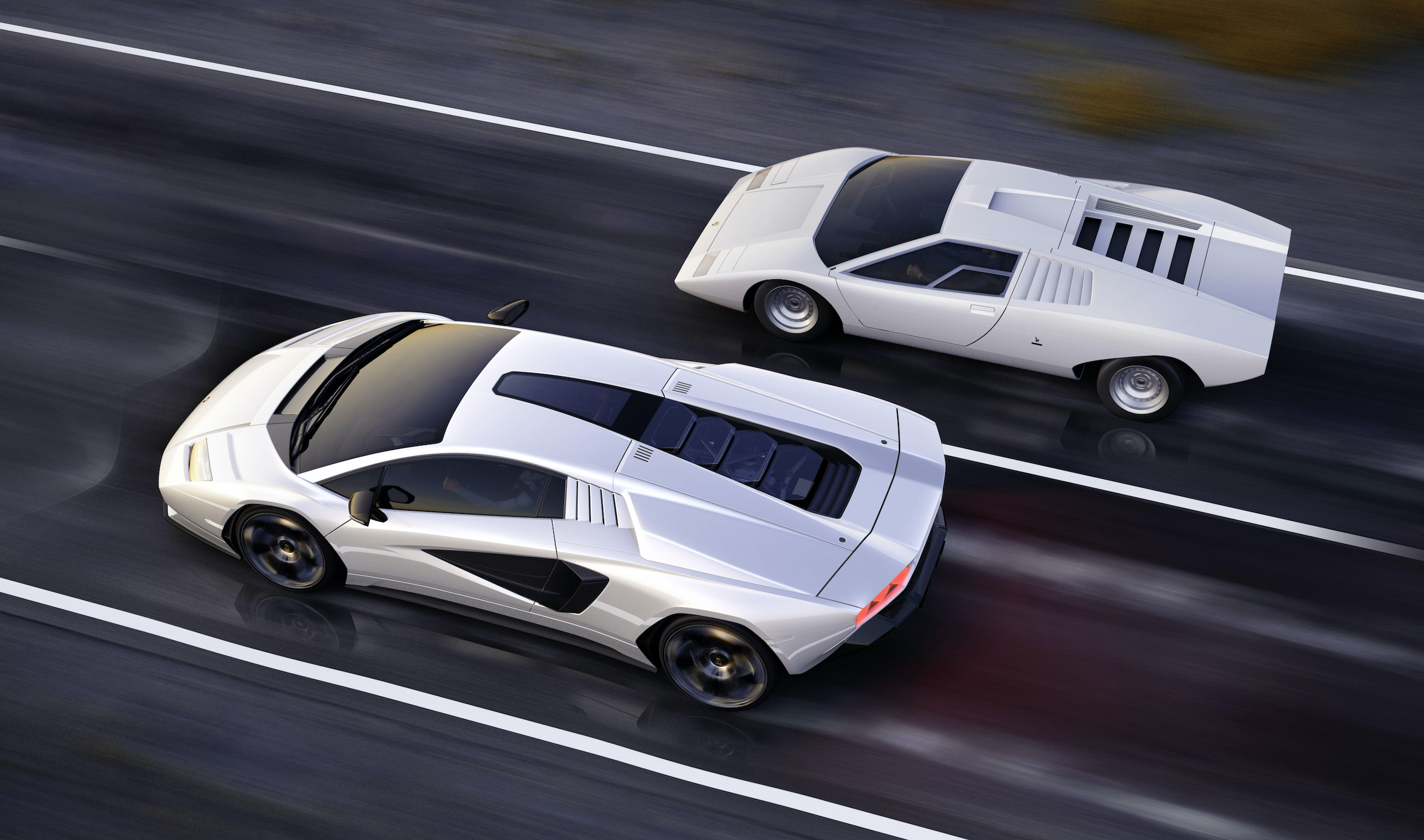 Countach LPI 800 old and new