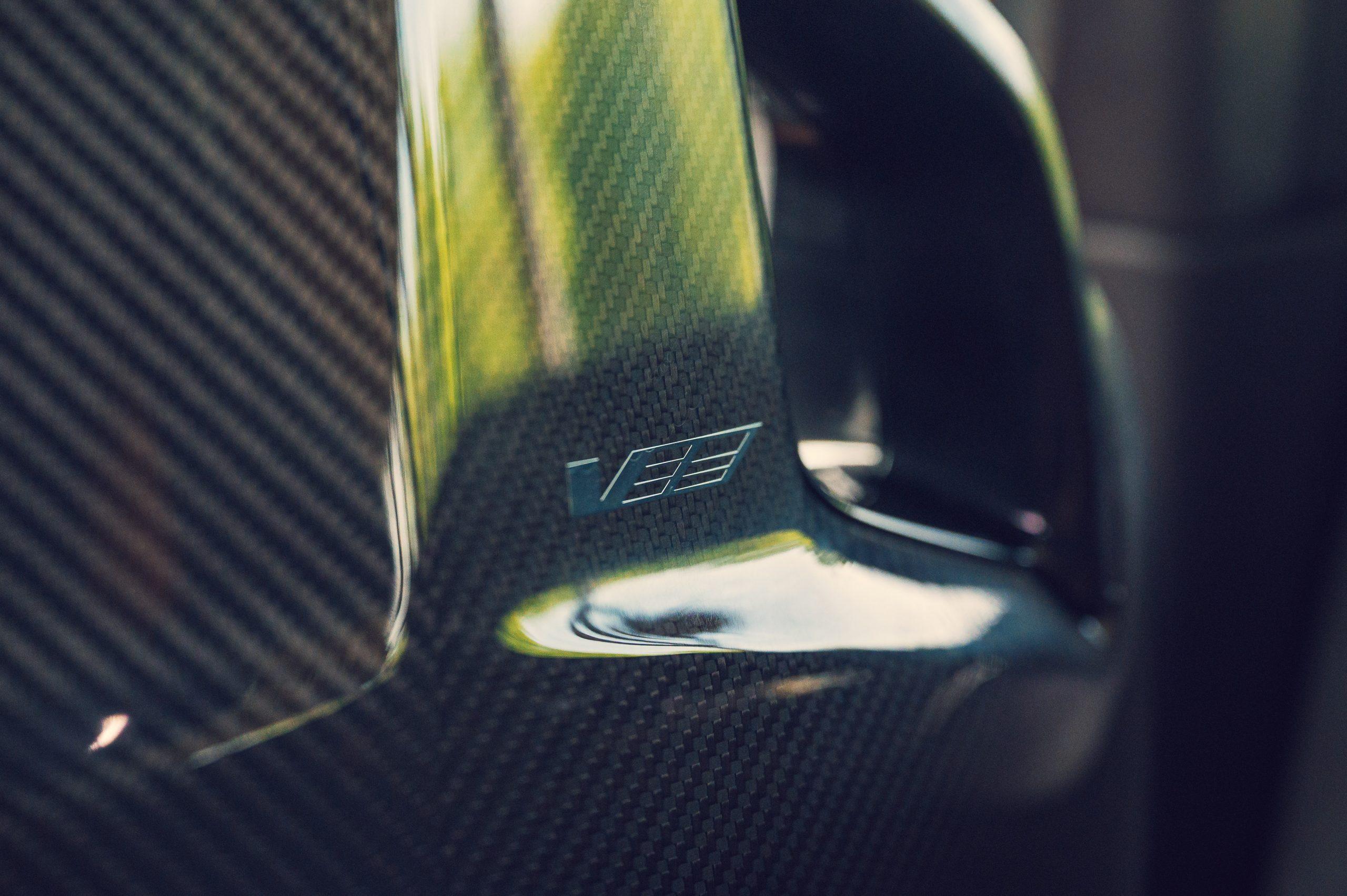 2022 Cadillac CT5-V Blackwing carbon badge detail