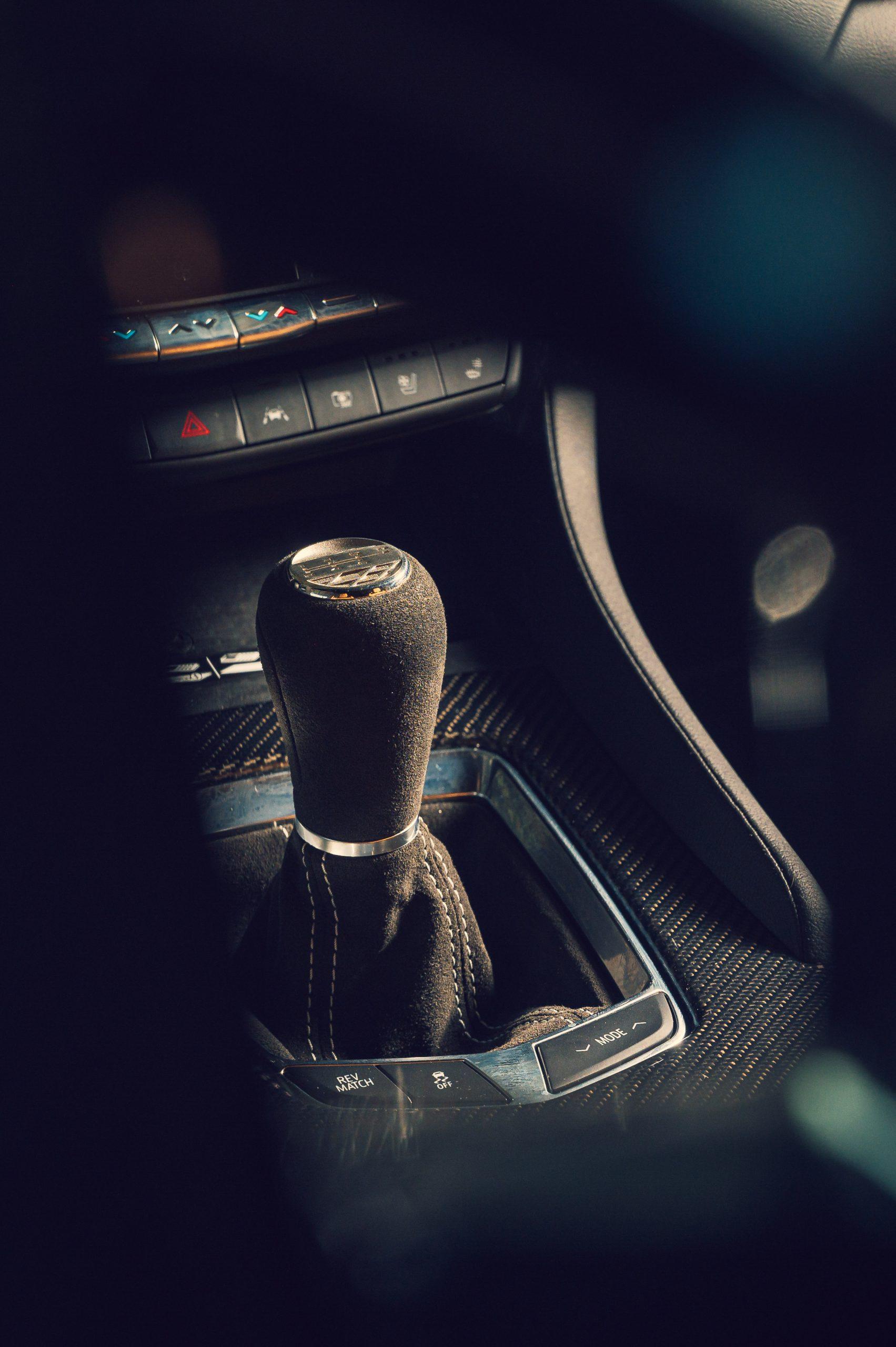 2022 Cadillac CT5-V Blackwing interior shifter