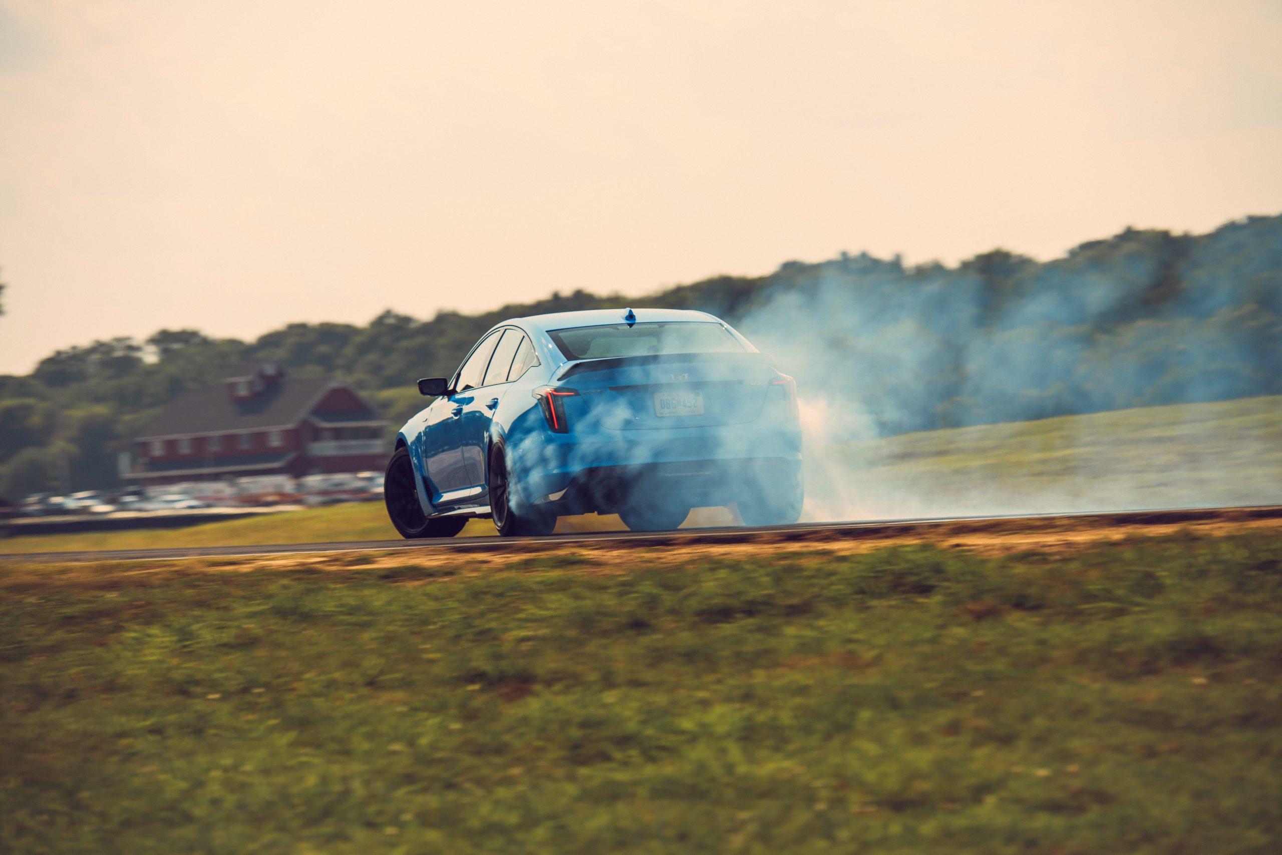 2022 Cadillac CT5-V rear three-quarter smoke action