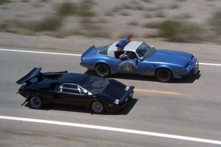 Cannonball Run - Countach in action
