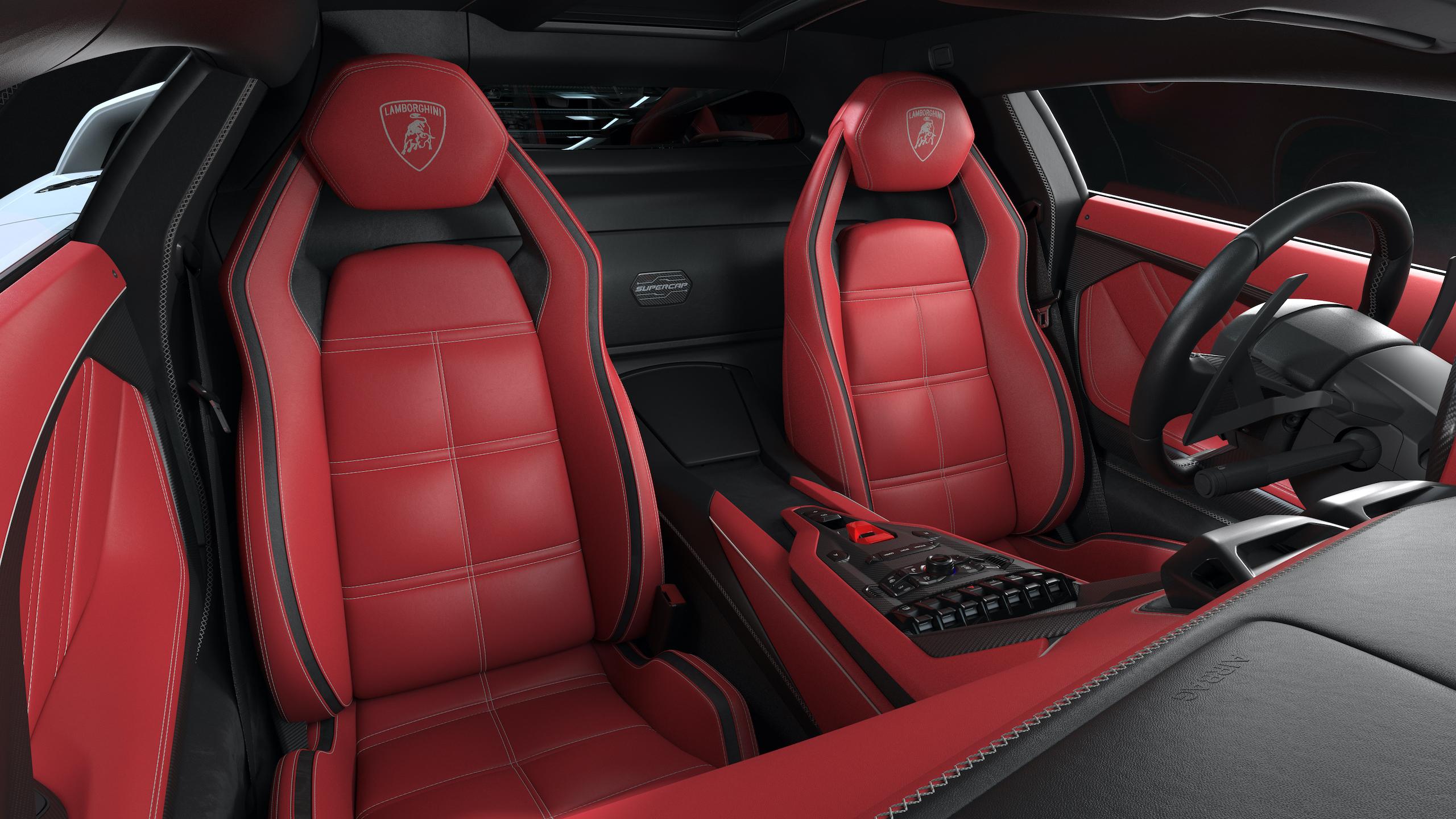 Countach LPI 800 interior seats