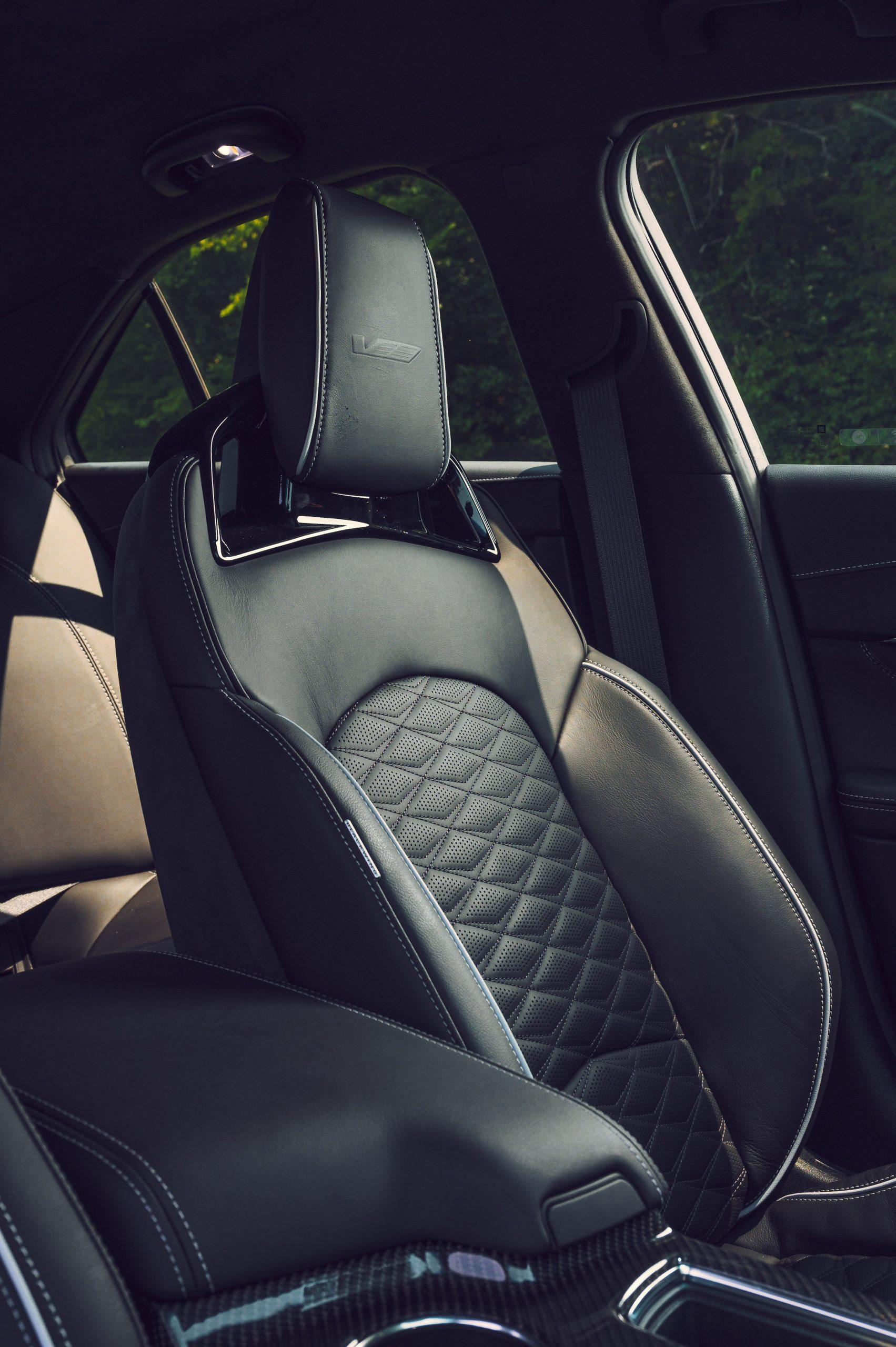 CT4-V Blackwing interior seat