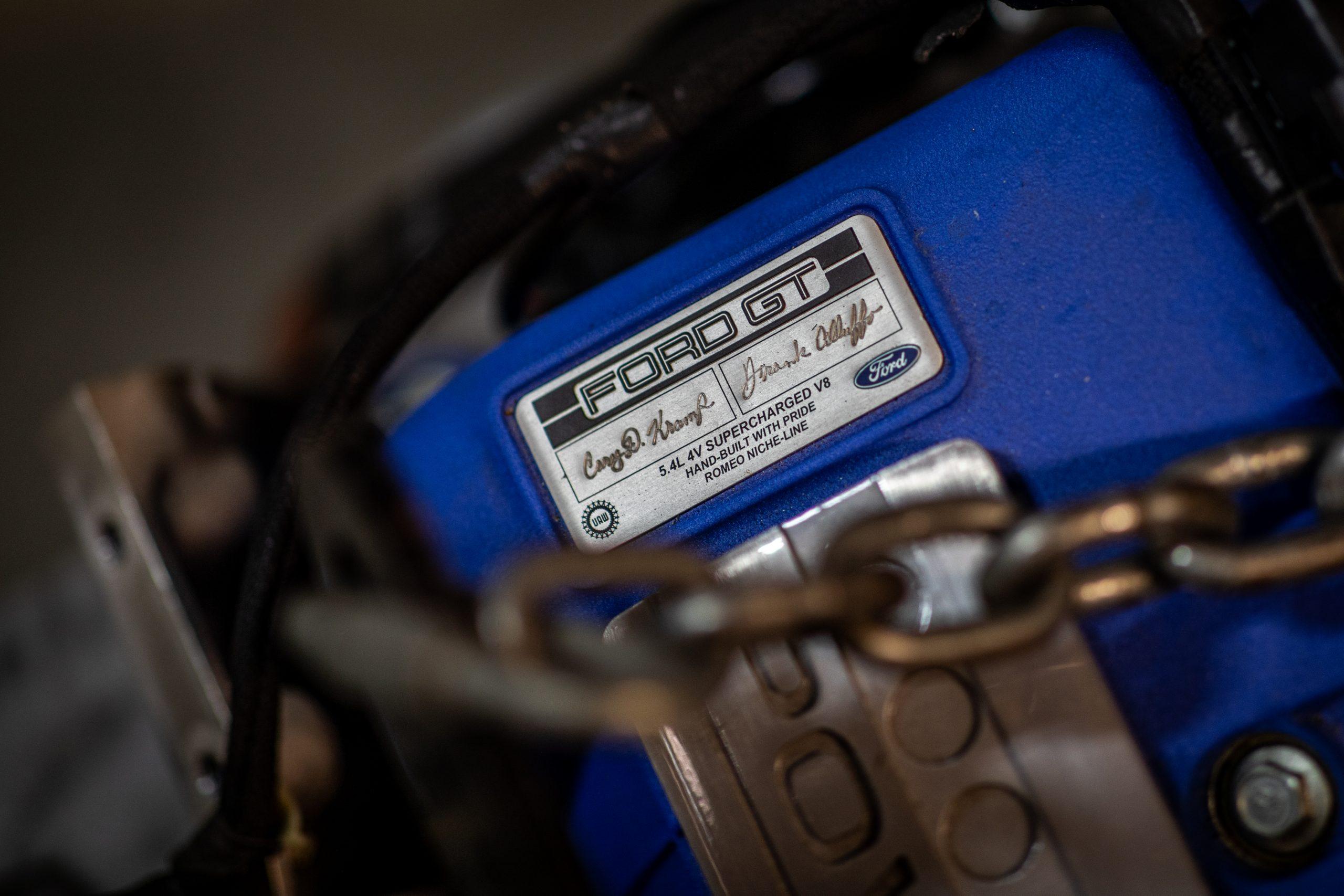 GT Resto Shop engine plate