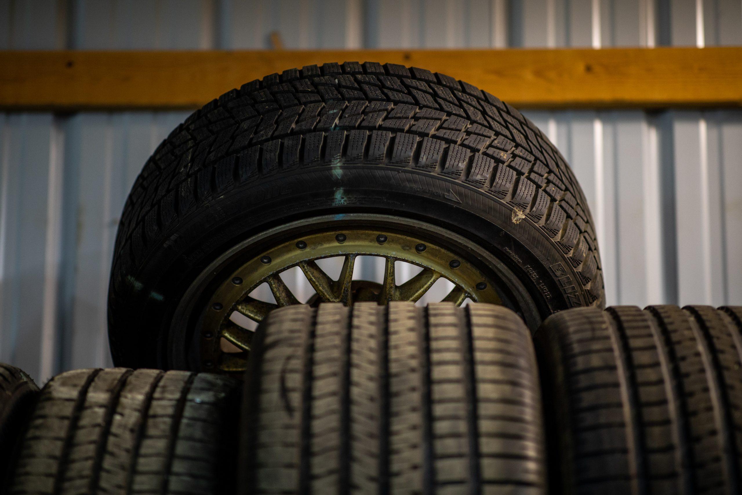 GT Resto Shop tires