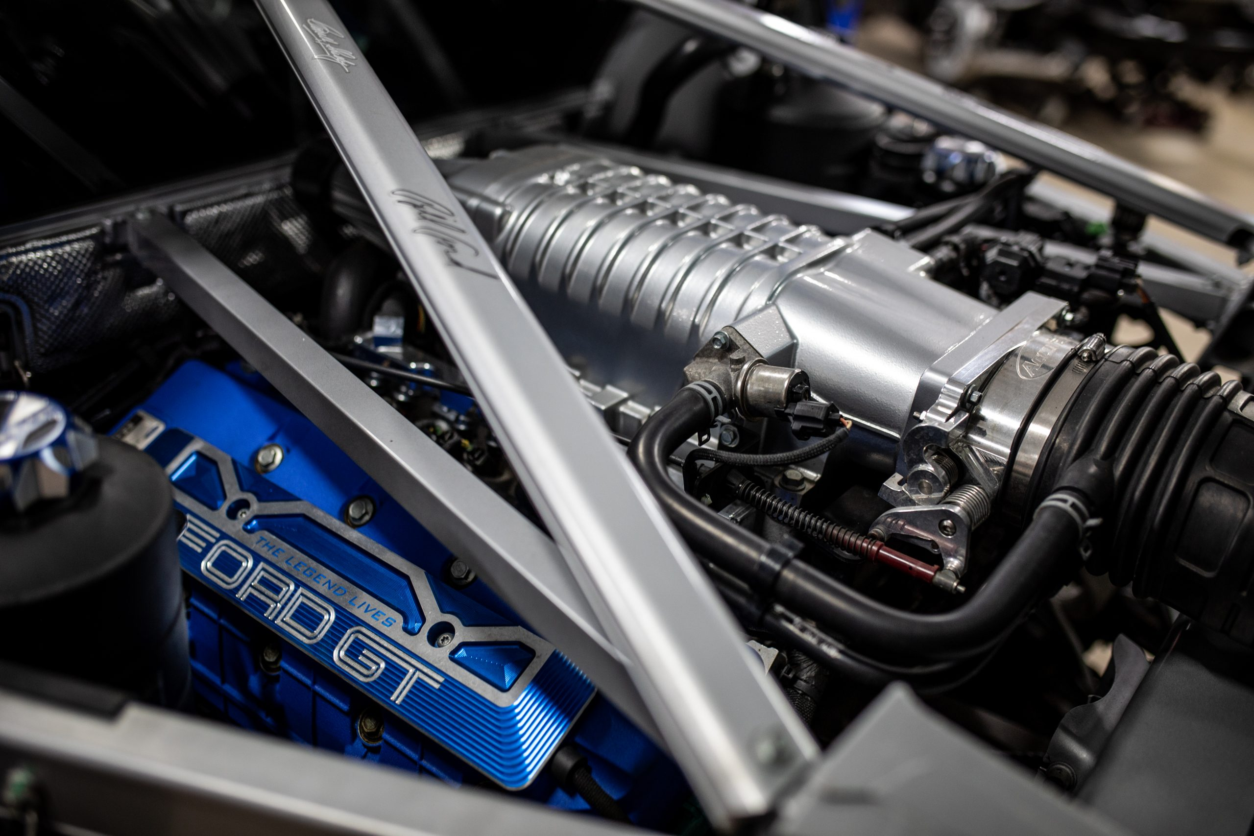 GT Resto Shop engine bay