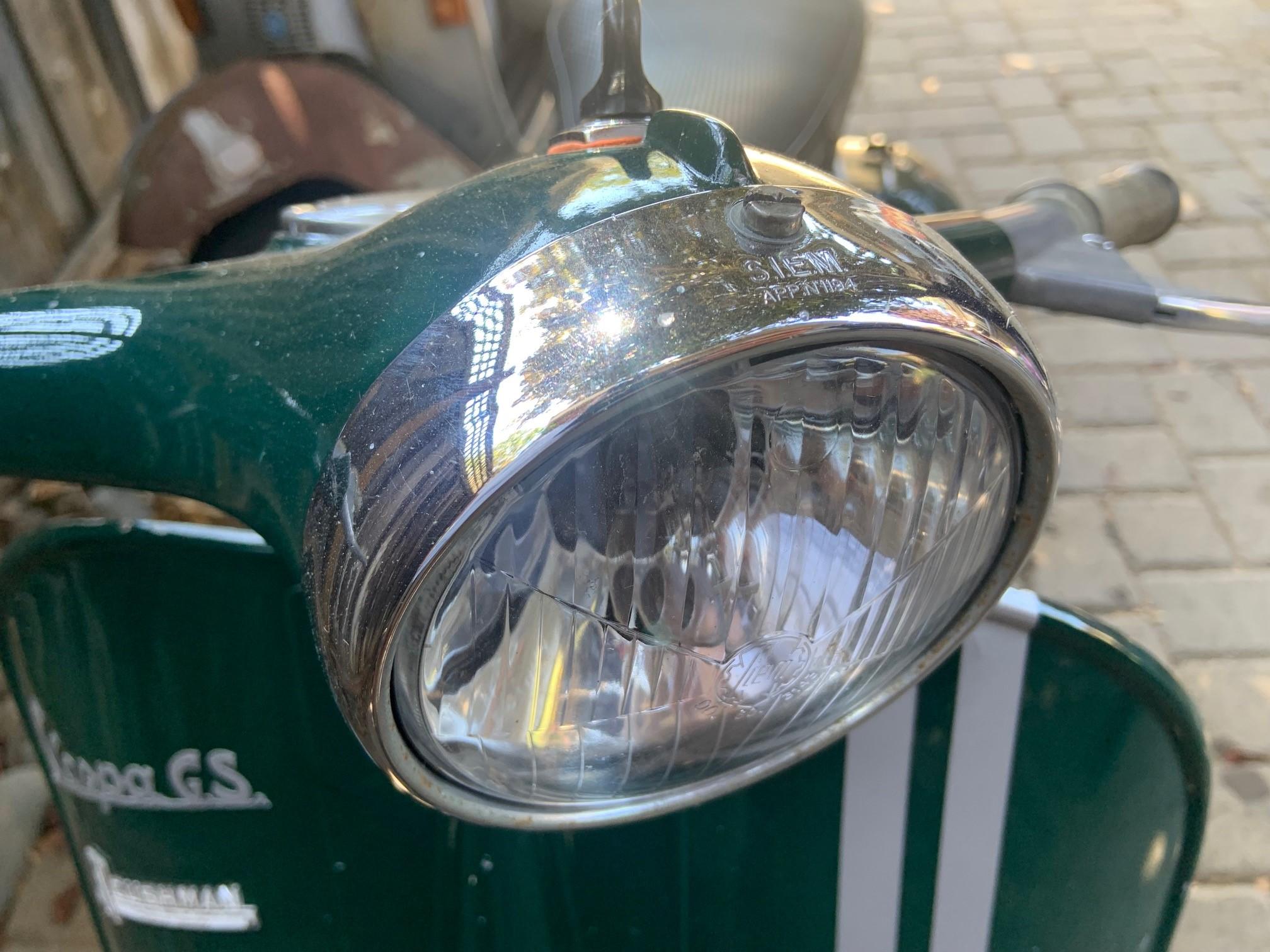 Josh Rogers - 1961 Cushman GS - headlight