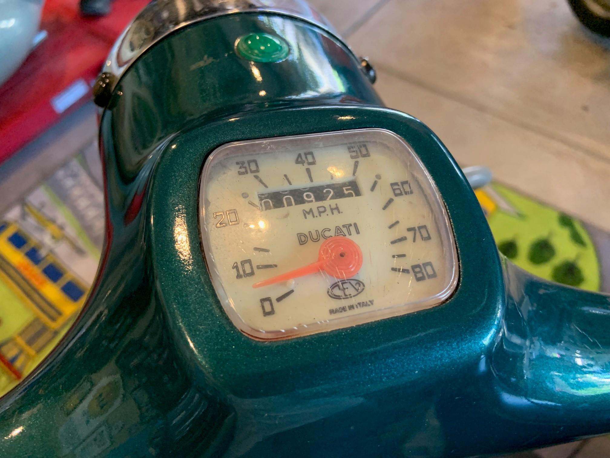 Josh Rogers - 1966 Ducati Brio 100 - speedometer