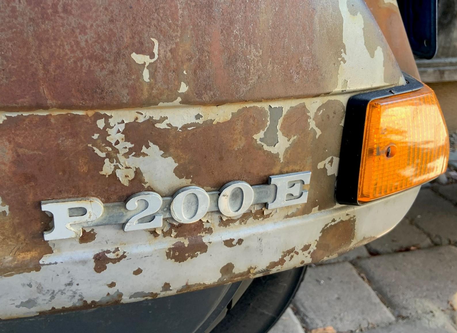 Josh Rogers - 1981 Piaggio P200E - close-up model badge