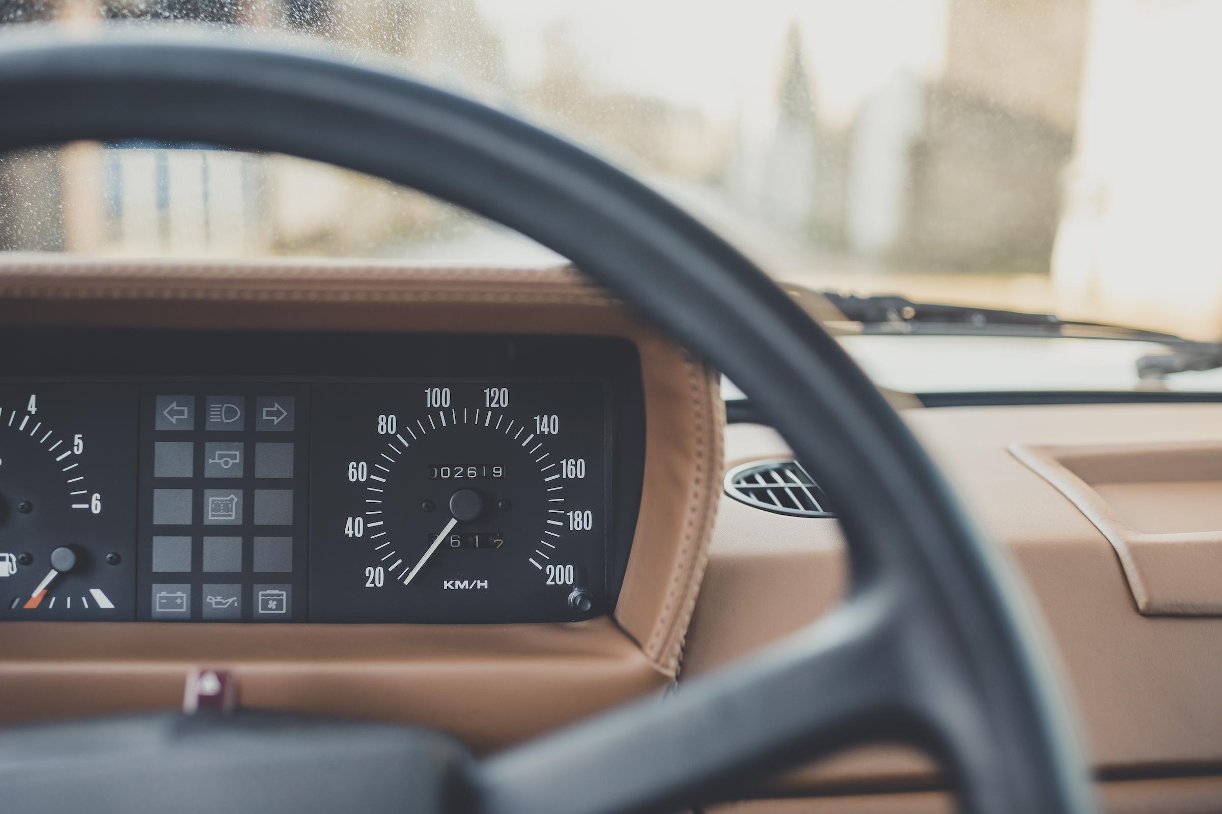 Range Rover Restomod interior dash gauges