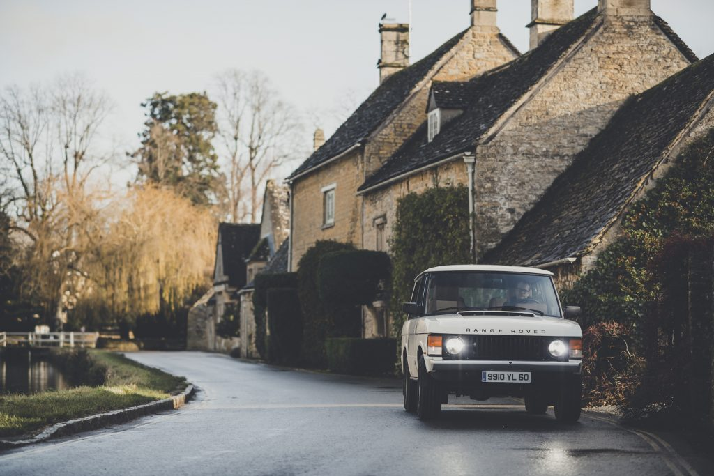 Range Rover Restomod front driving action