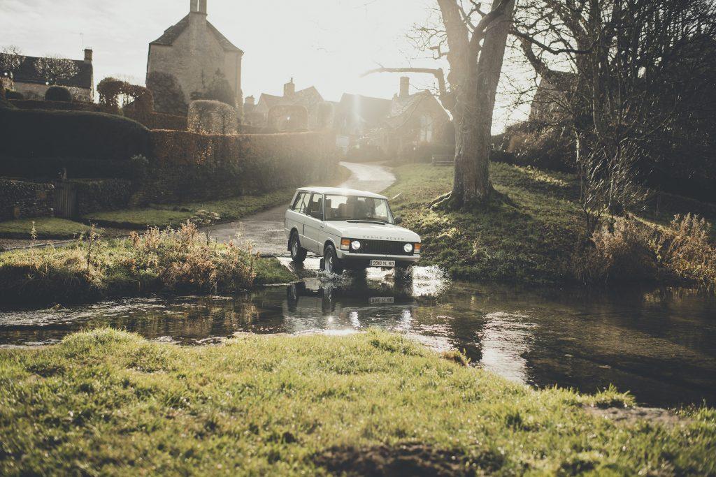 Range Rover Restomod creek crossing action