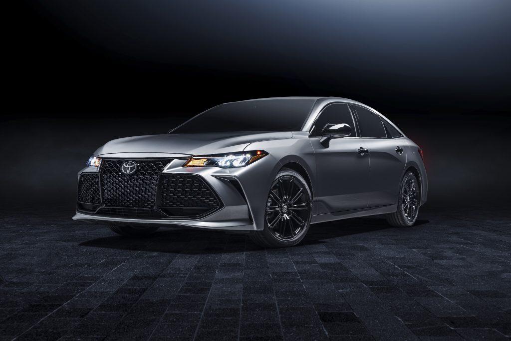 2021 Toyota Avalon front three-quarter