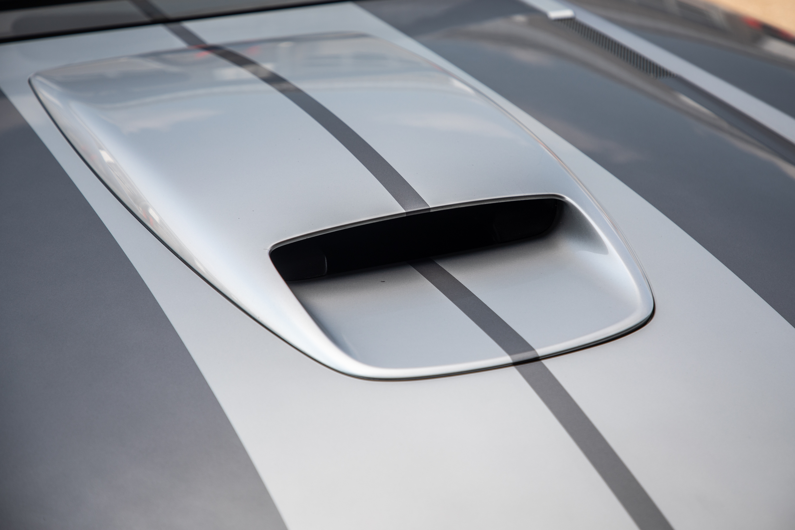 Cobra Concept front scoop angle