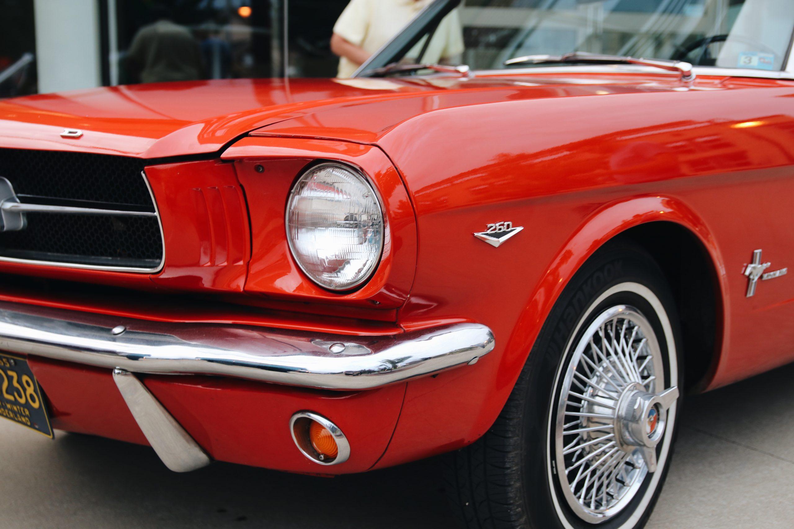 Mel Heppe Mustang headlight