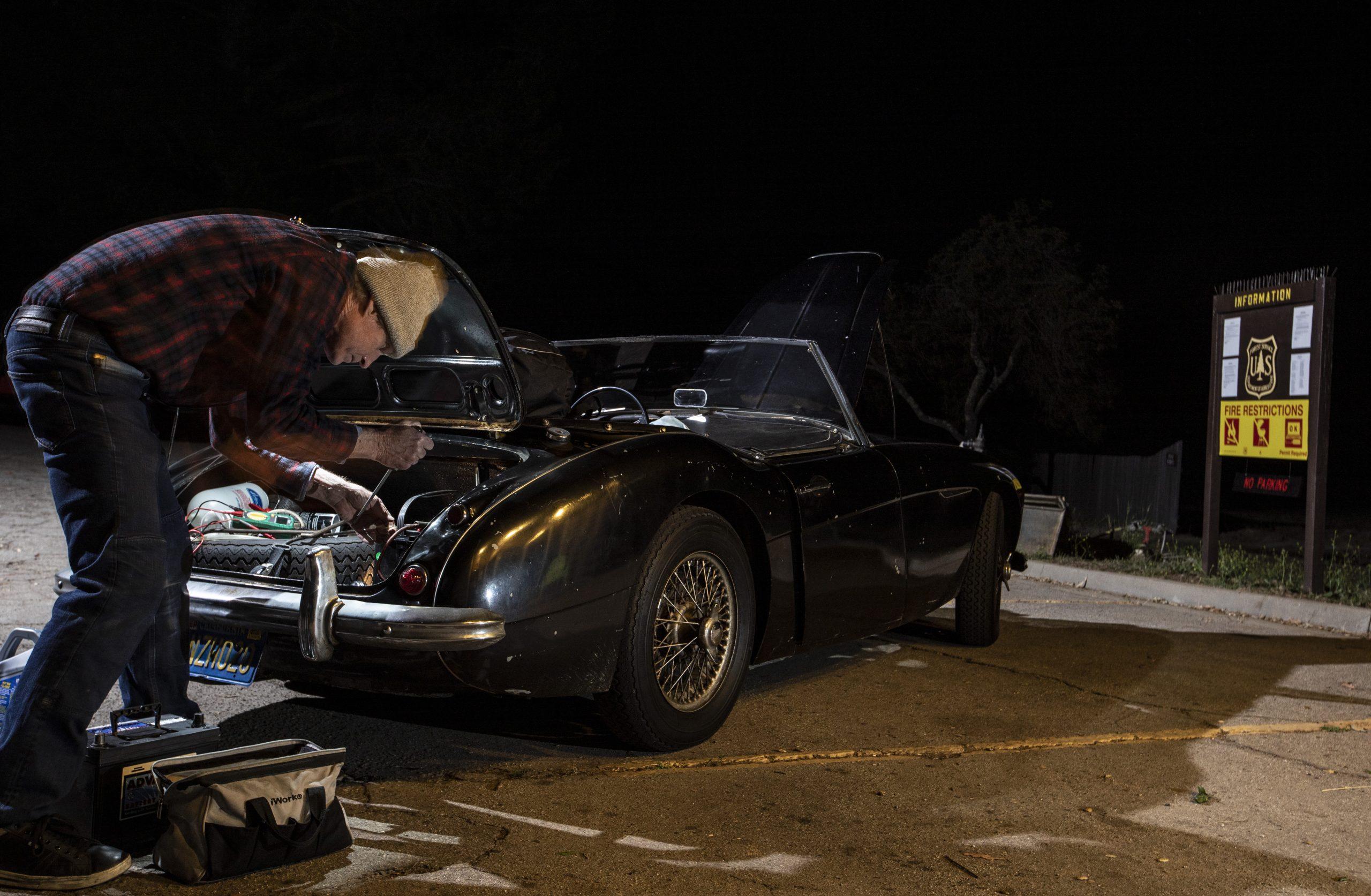 Austin-Healey night repair trunk