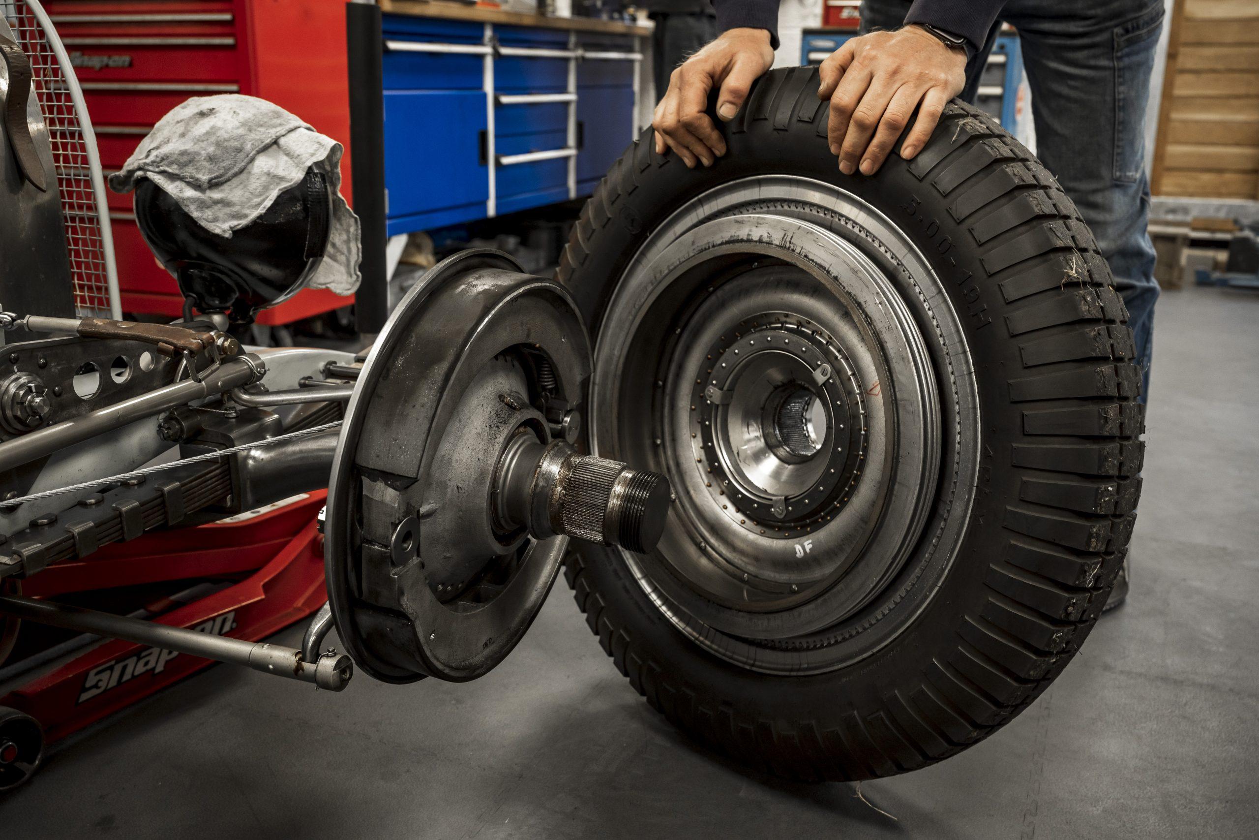 Tula Precision wheel and hub detail